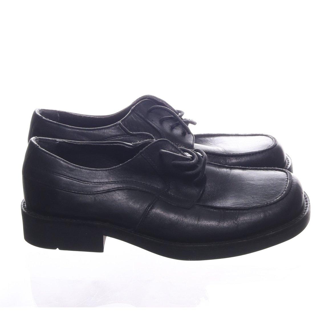 peperoni finskor herr skor finns på .