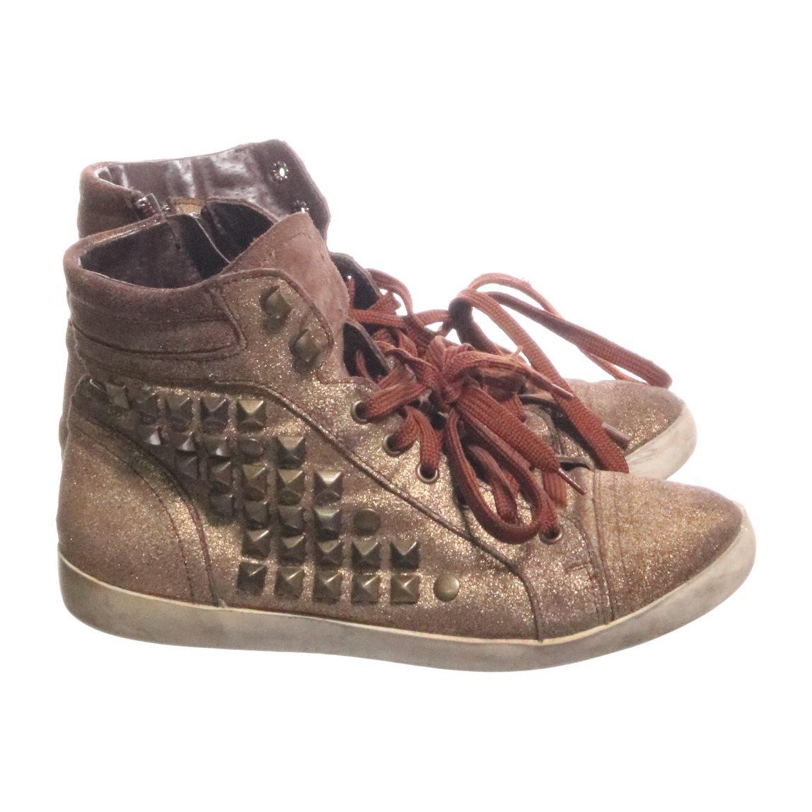 0f2b8f06b61 Scorett, Sneakers, Strl: 37, Flerfärgad (337879504) ᐈ Sellpy på Tradera