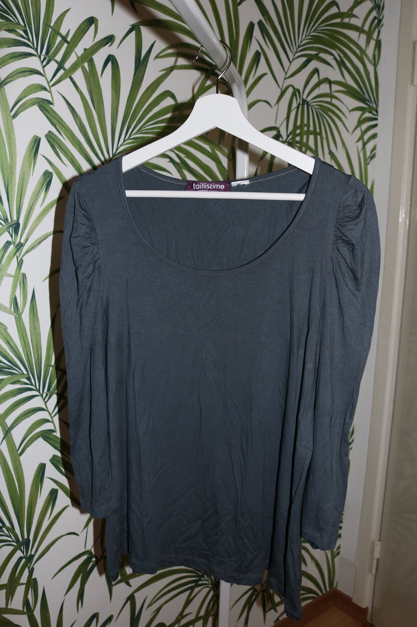 Zoe & Rose LA svart kort jeansjacka med spetsinfällningar