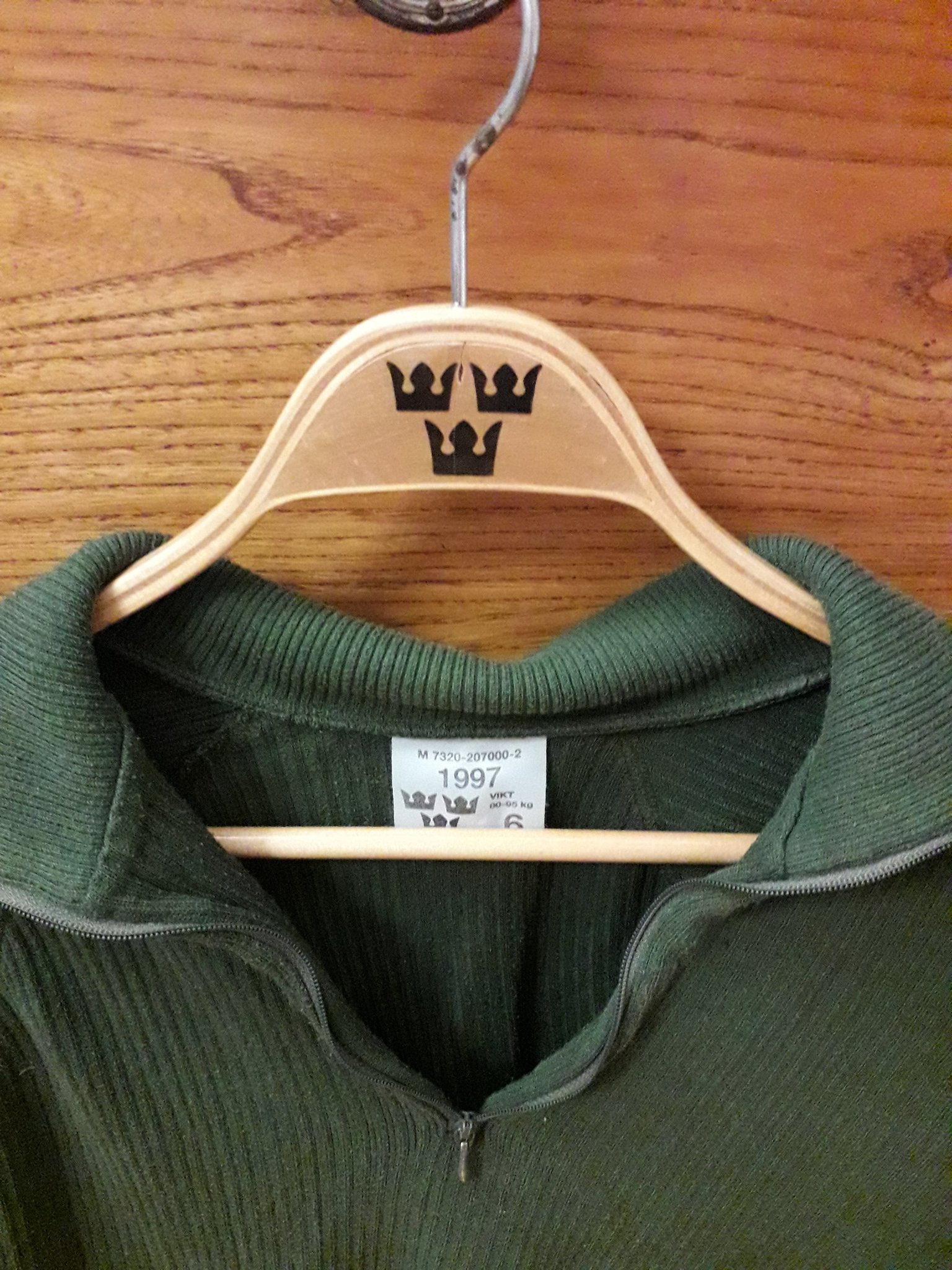 M87 ylle tröja stl 5 befälströja militärt kronans försvarets