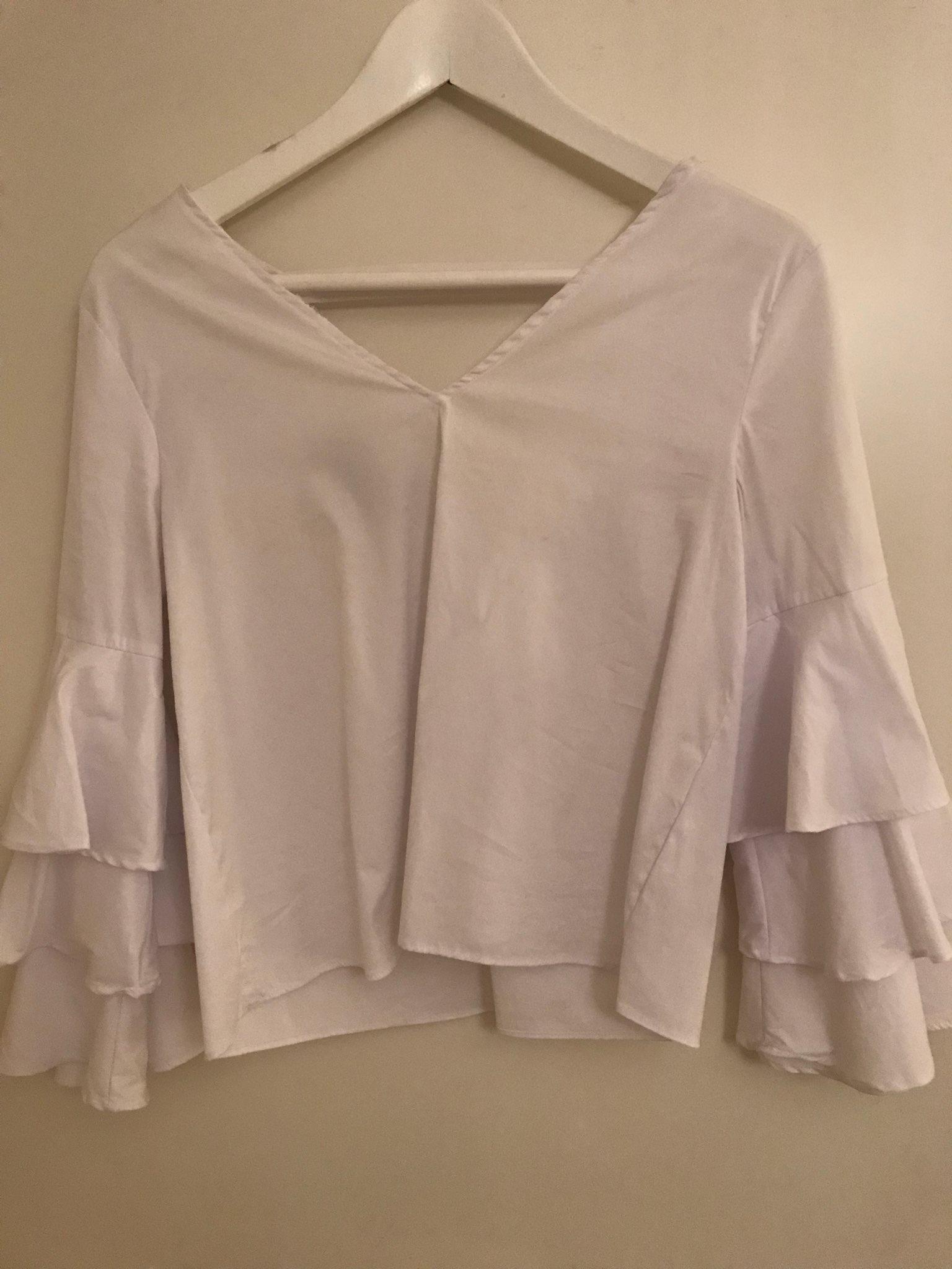 Zara blus top mode trend vit volang (333513648) ᐈ Köp på Tradera f583e18501cf2