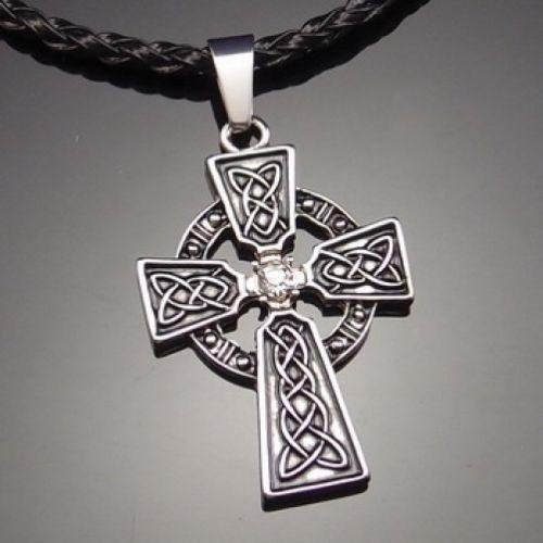 keltiskt kors halsband