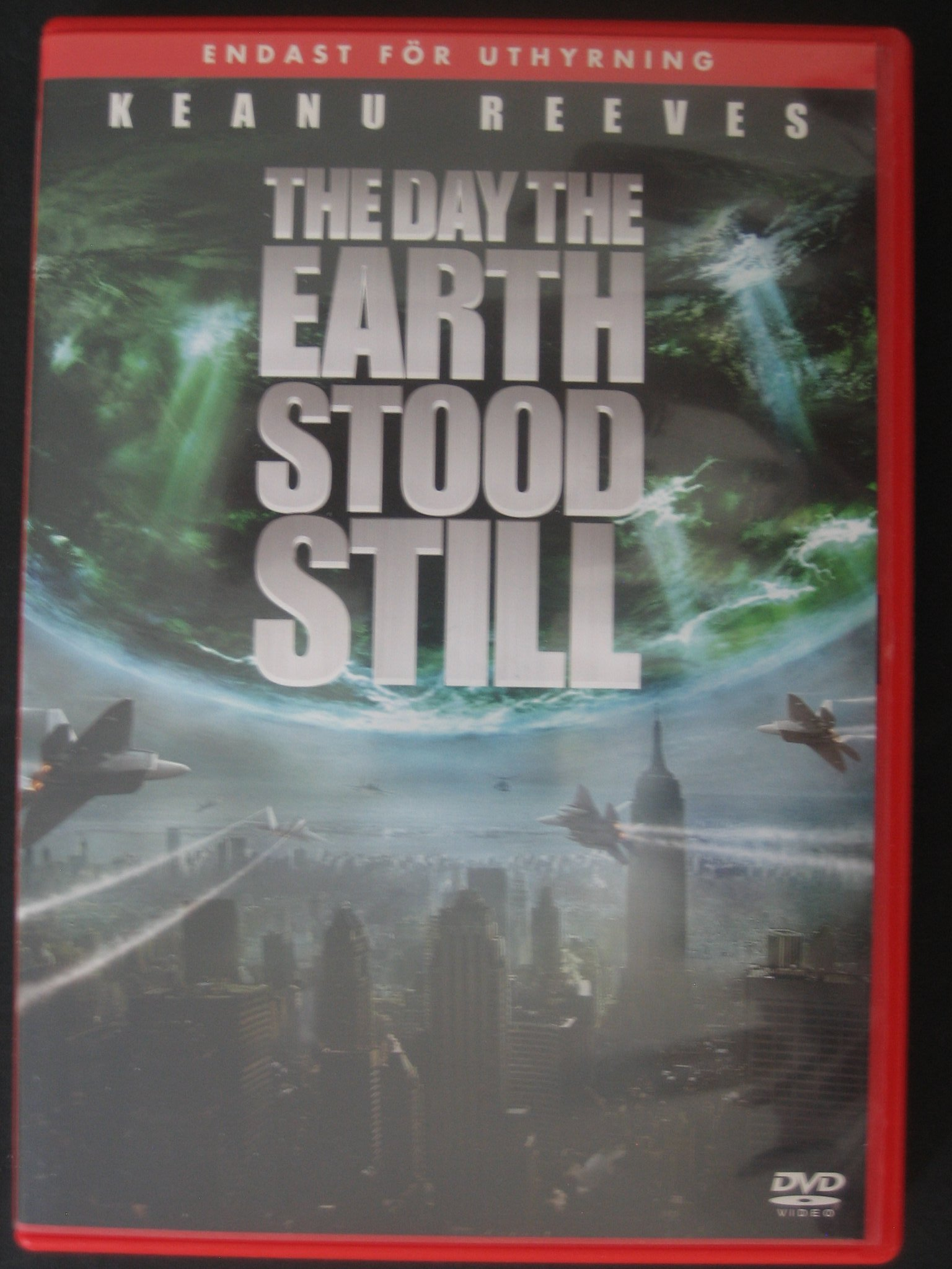 THE DAY THE EARTH STOOD STILL / KEANU REEVES