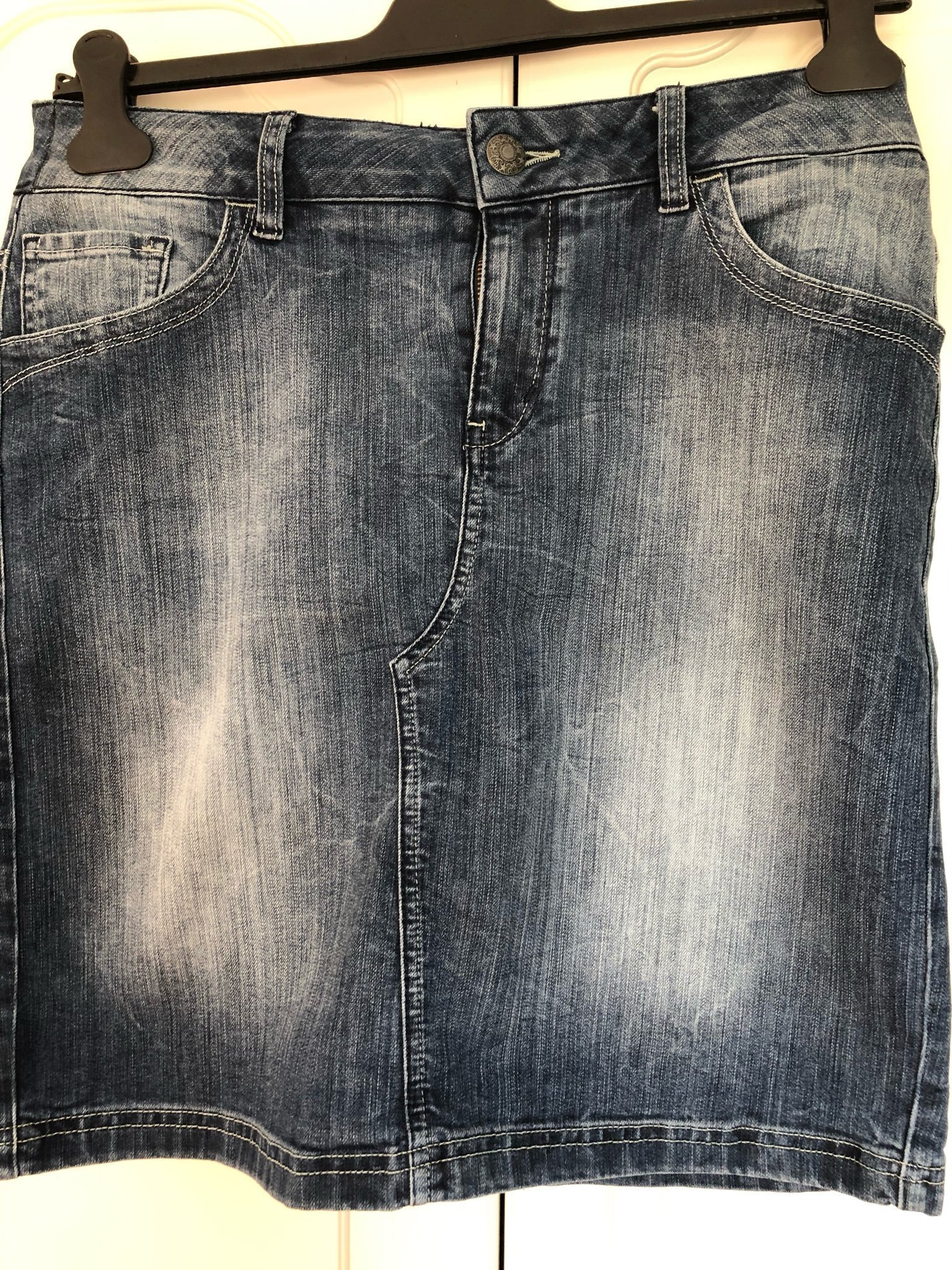 fba1ab1ec886 Esprit jeanskjol storlek 42 (346971797) ᐈ Köp på Tradera