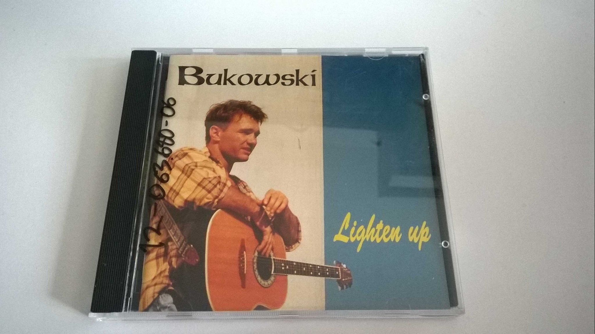 Bukowski - Lighten up, CD