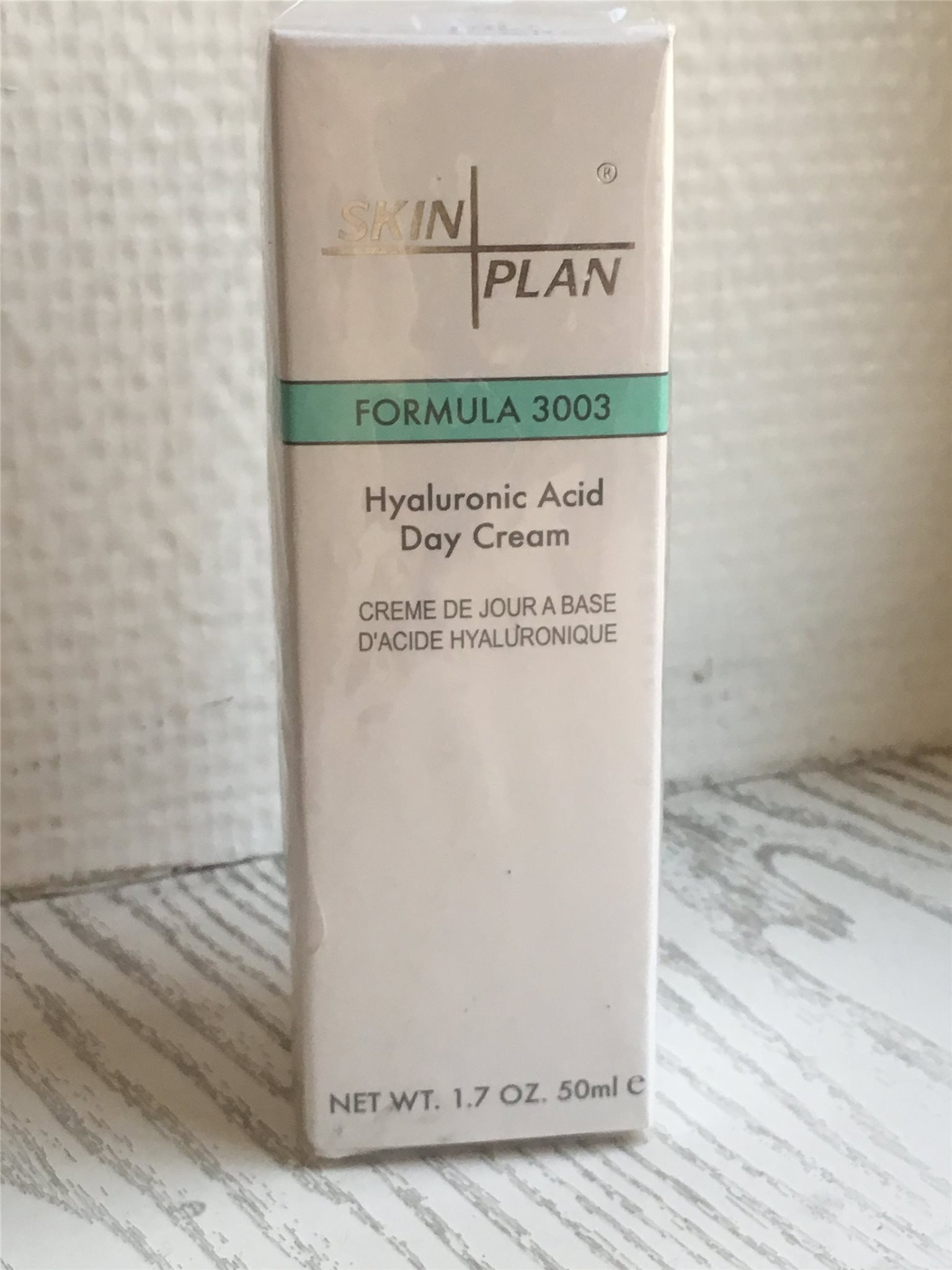 skinplan hyaluronic acid day cream