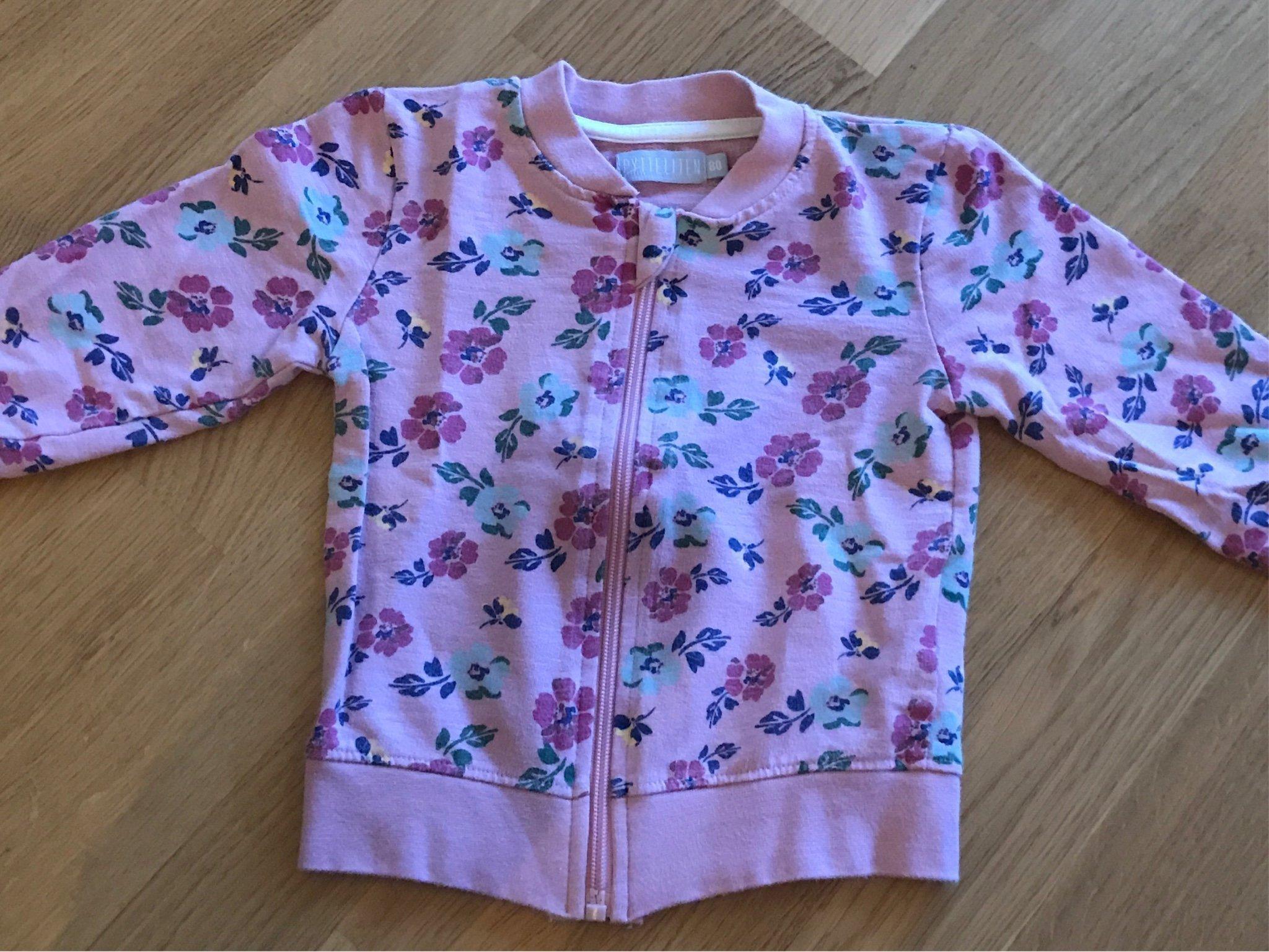 Söt blommig rosa tröja jacka med dragkedja stl 80