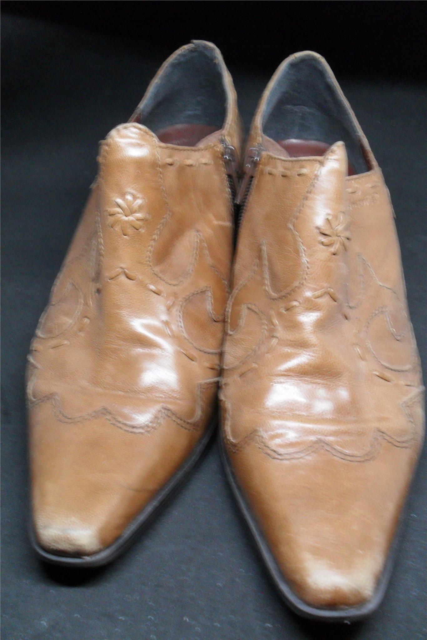 Bruna fräcka spetsiga skor. Märke  Tamaris. Begagnade storlek 40. Läder. 1c45c97ba8924