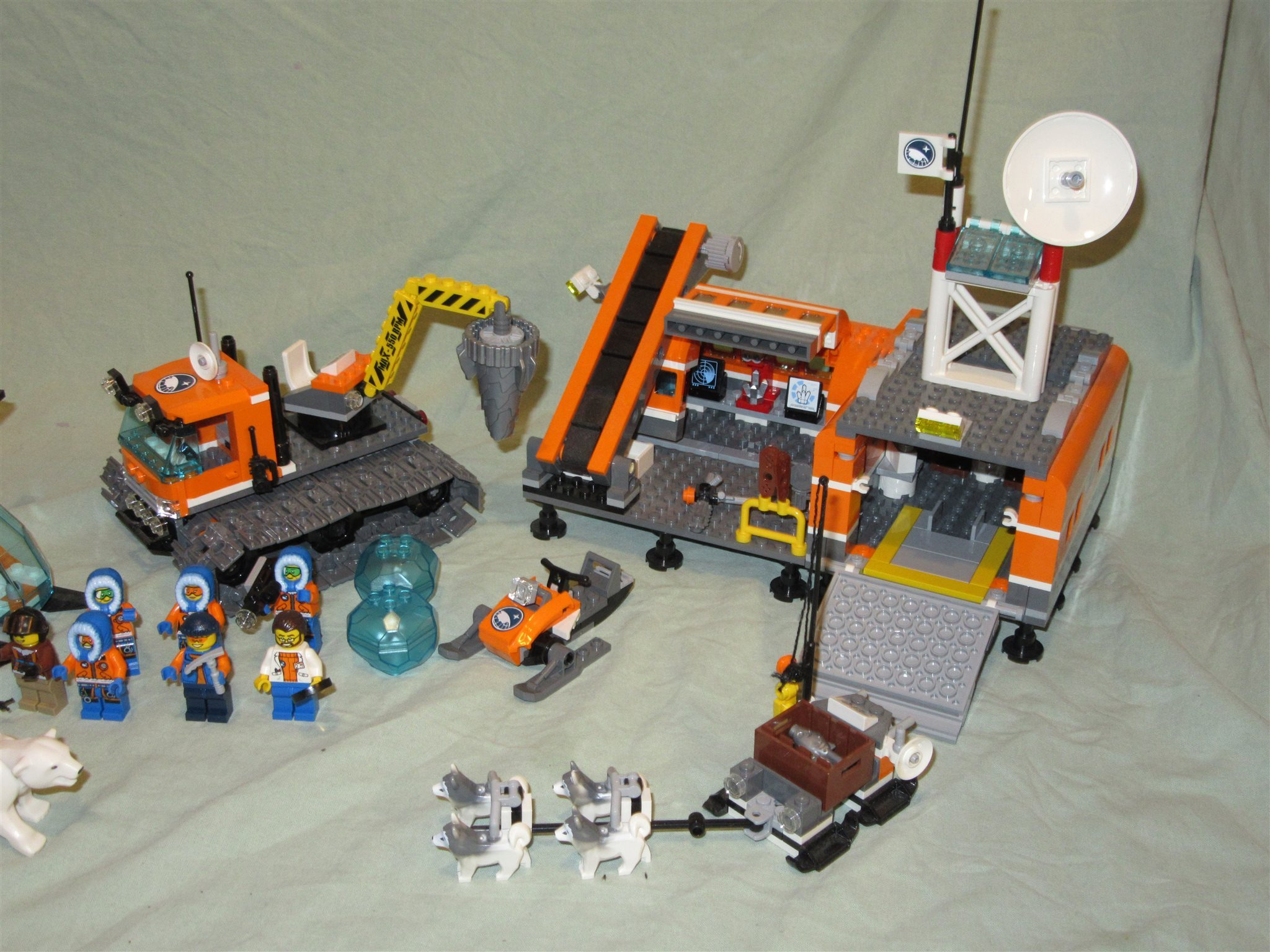 Lego City 60036 Arctic base camp