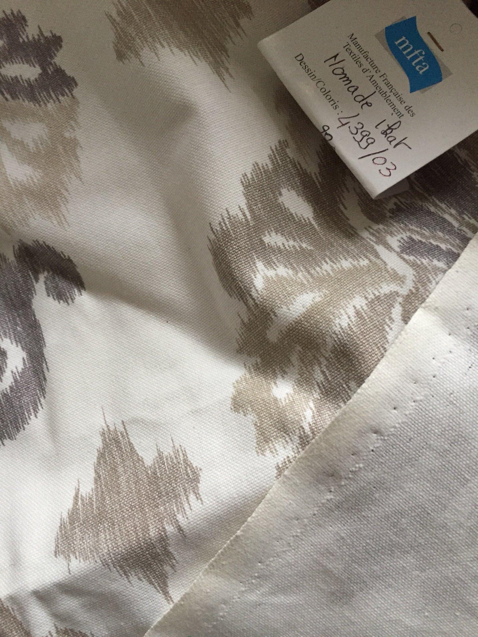 """Manufacture Francaise Des Textiles D Ameublement tyg, mfta """" nomade ikat"""" 107 cm x 282 cm"""