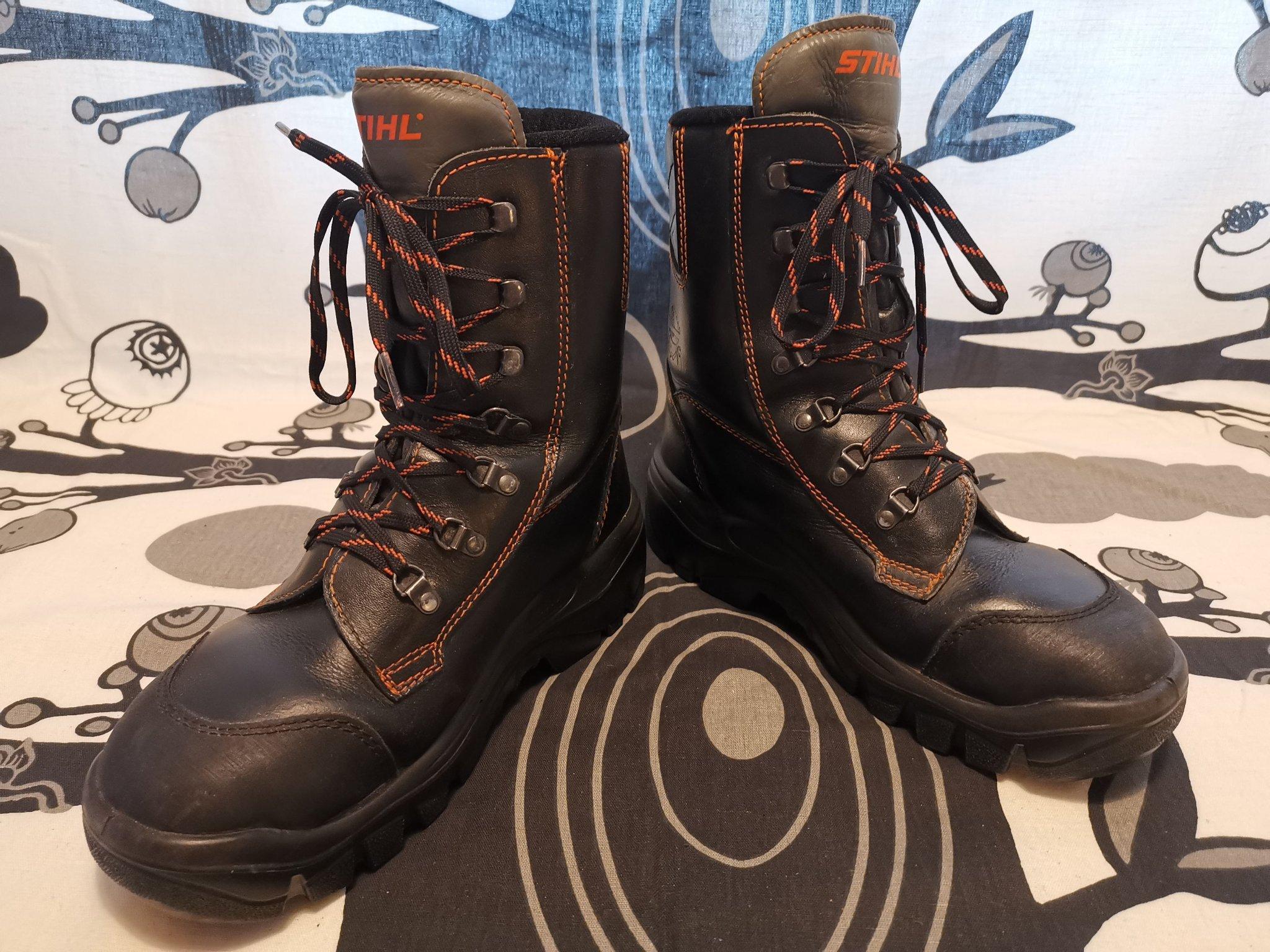 Arbetsskor Stihl Ranger stålhätta födrat boots kängor str 41