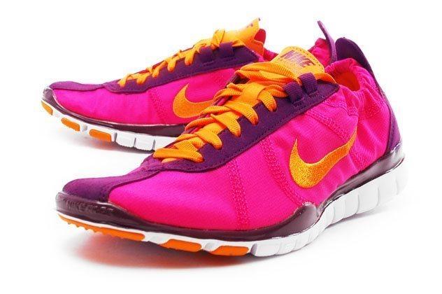 the best attitude 56eb3 79dcf Nike free twist damskor sneakers trainers nyskick Rosa storlek 38-39 (5.5)