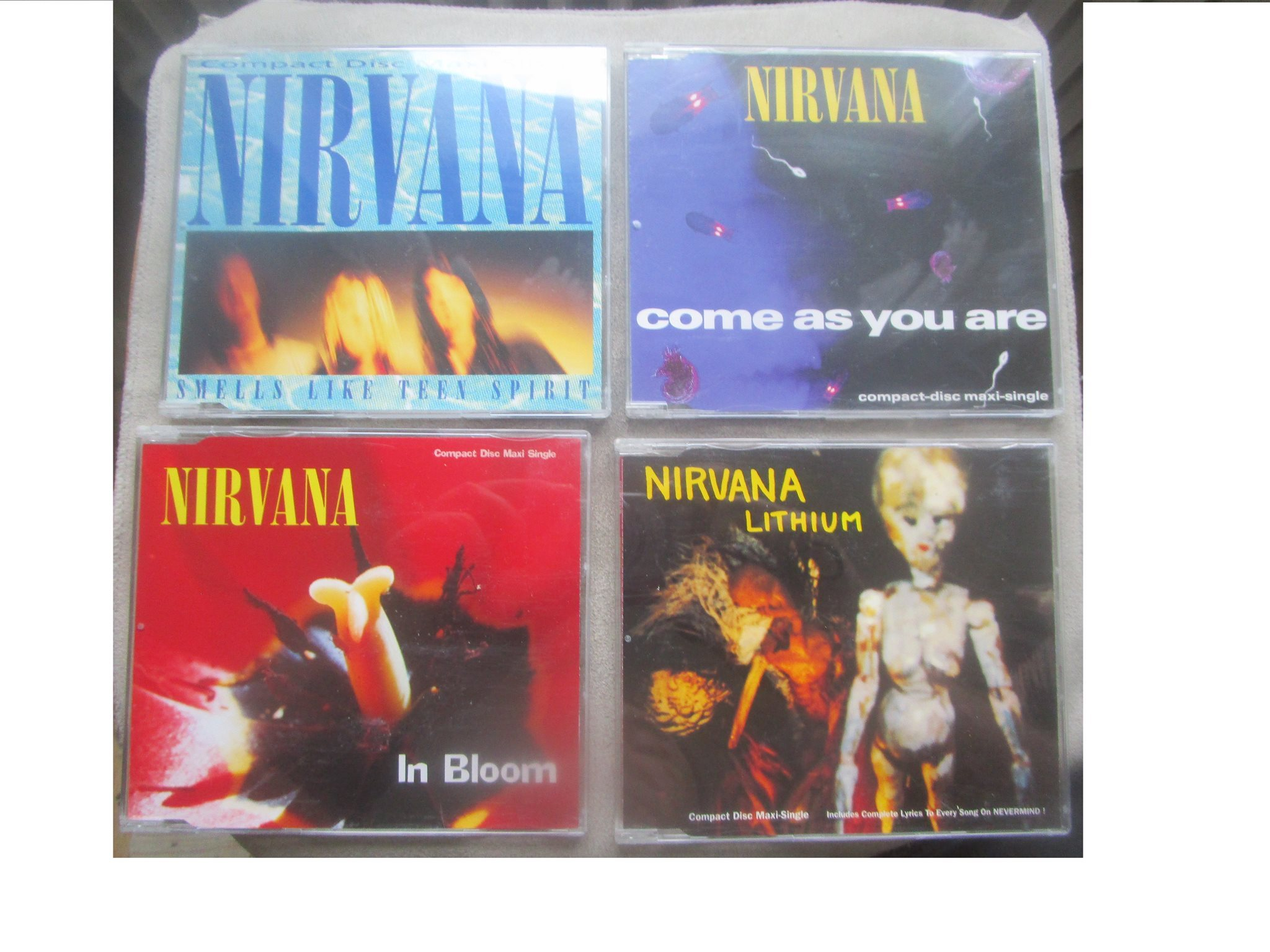Nirvana: Singles 6 CD-MAXI BOX UTGÅNGEN 1995