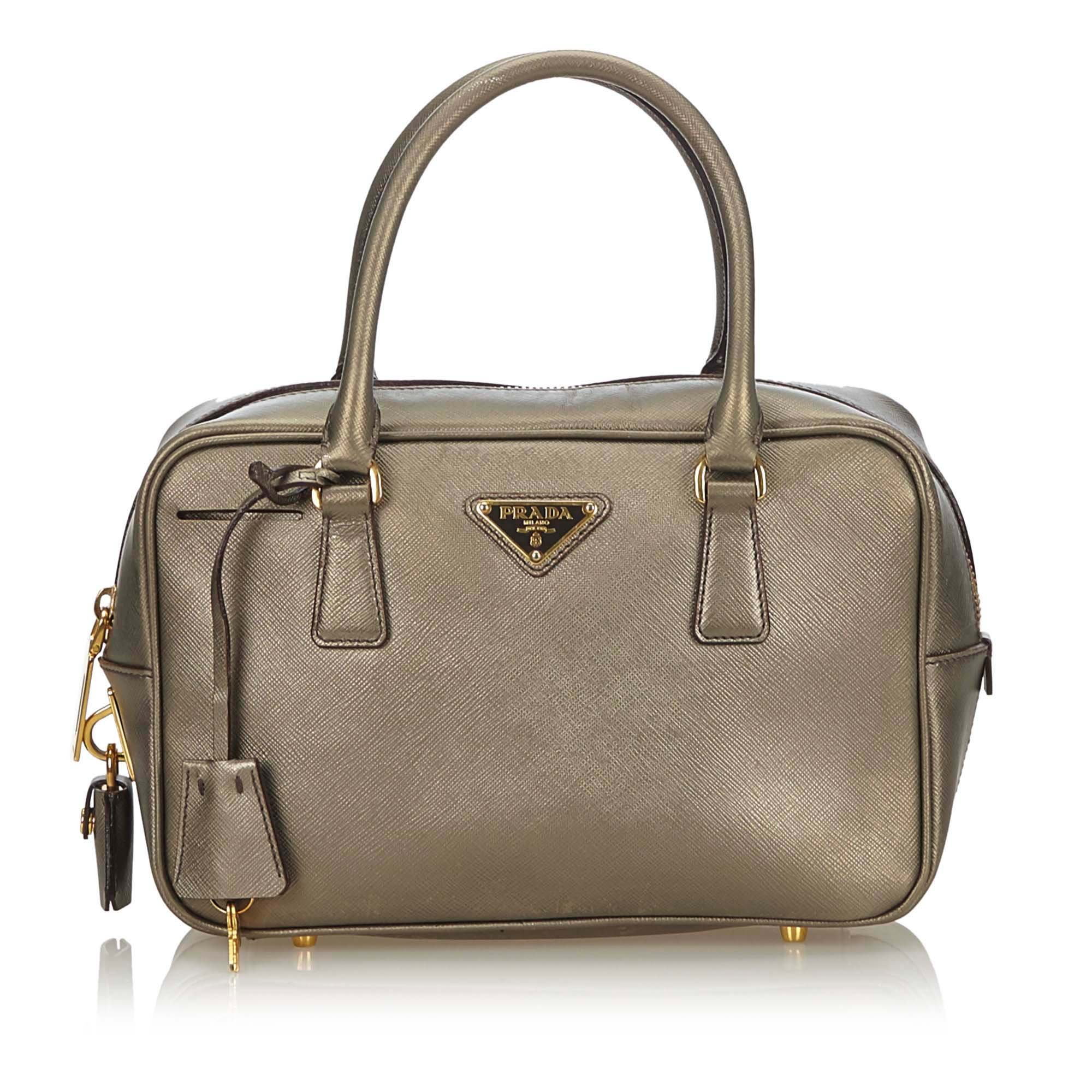 PRADA Bauletto Saffiano Lux Väskor