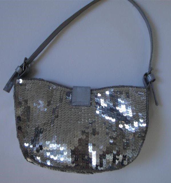 b79d3de60c91 Chic snygg silver paljett afton väska, ny (310997679) ᐈ Köp på Tradera