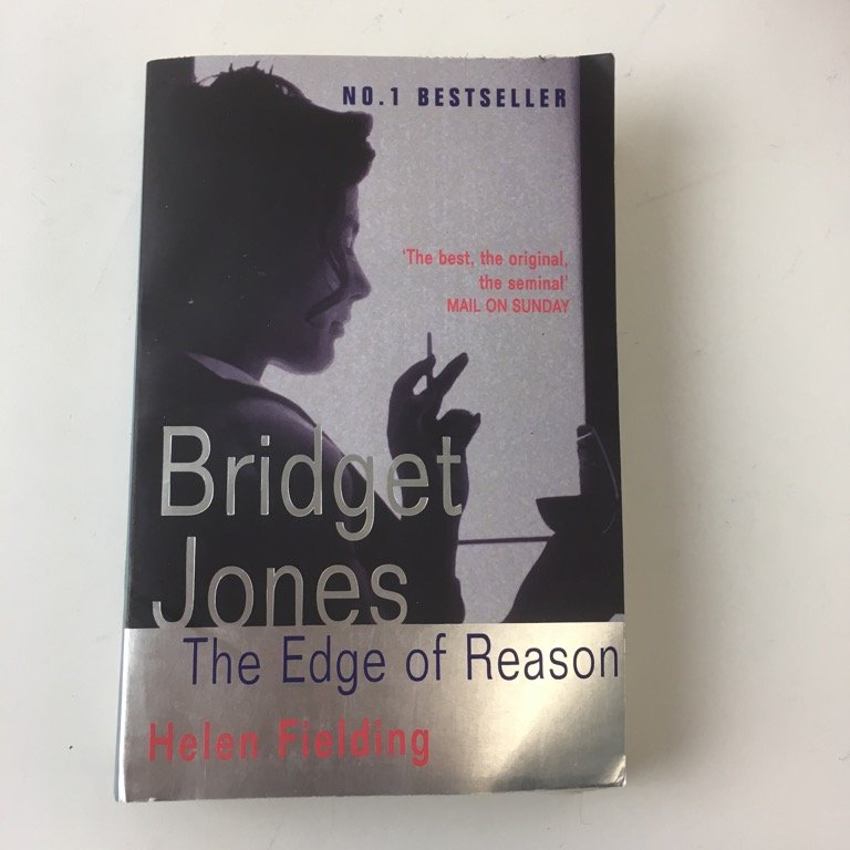 Bok, Bridget Jones, Helen Fielding, Pocket, ISBN: 9780330367356, 2000