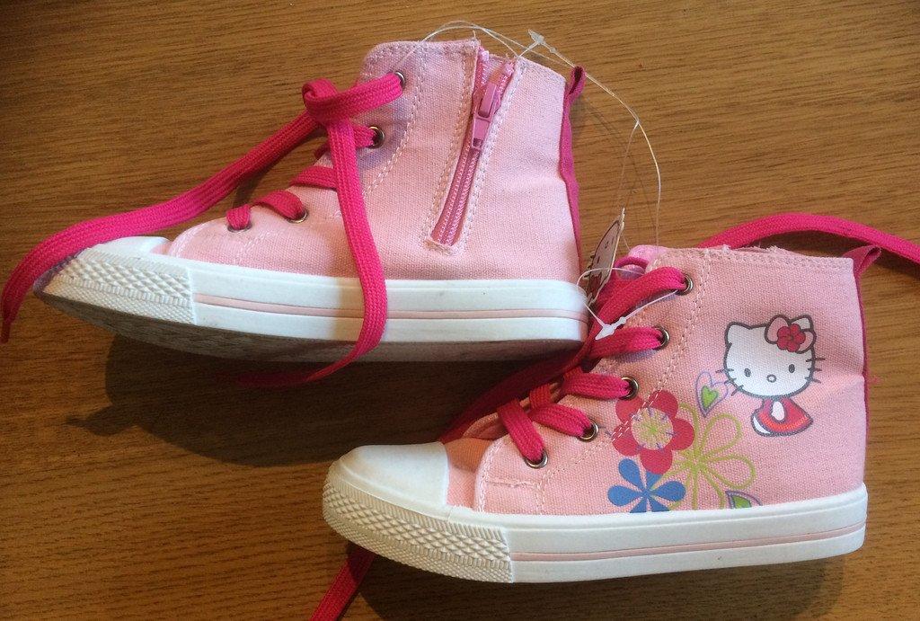 9c0c36e902c HELLO KITTY rosa nya skor storlek 30 i modell