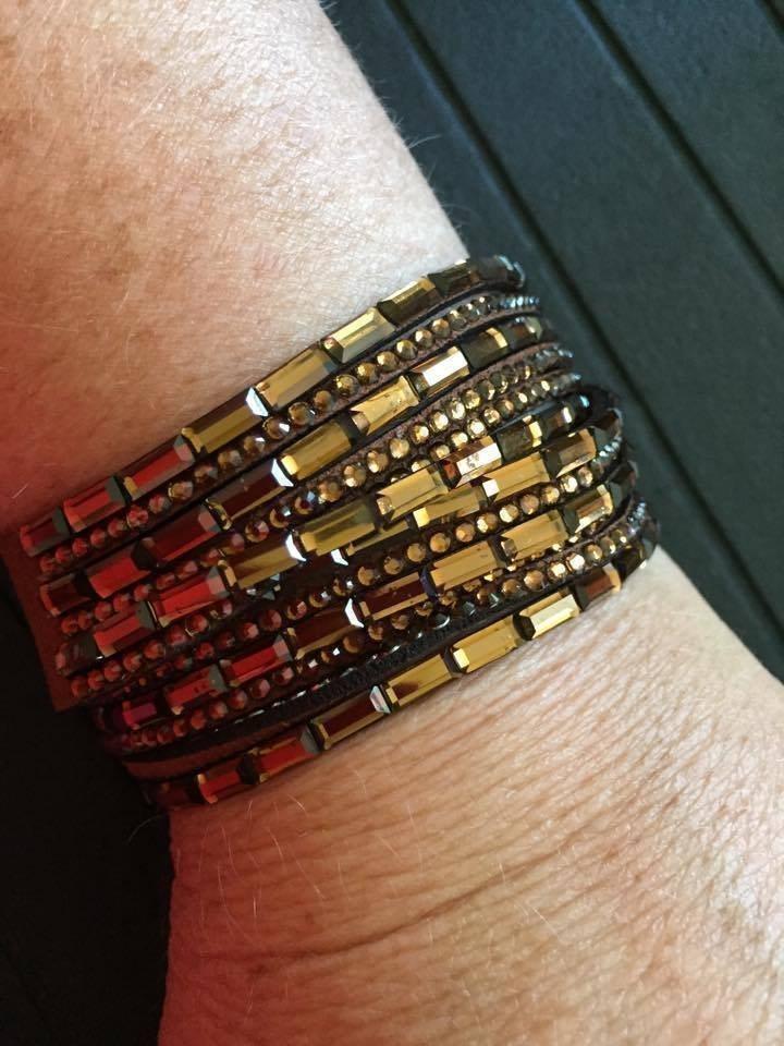 Brunt armband som viras två varv (341557540) ᐈ Köp på Tradera 9948b7c3d2e2a