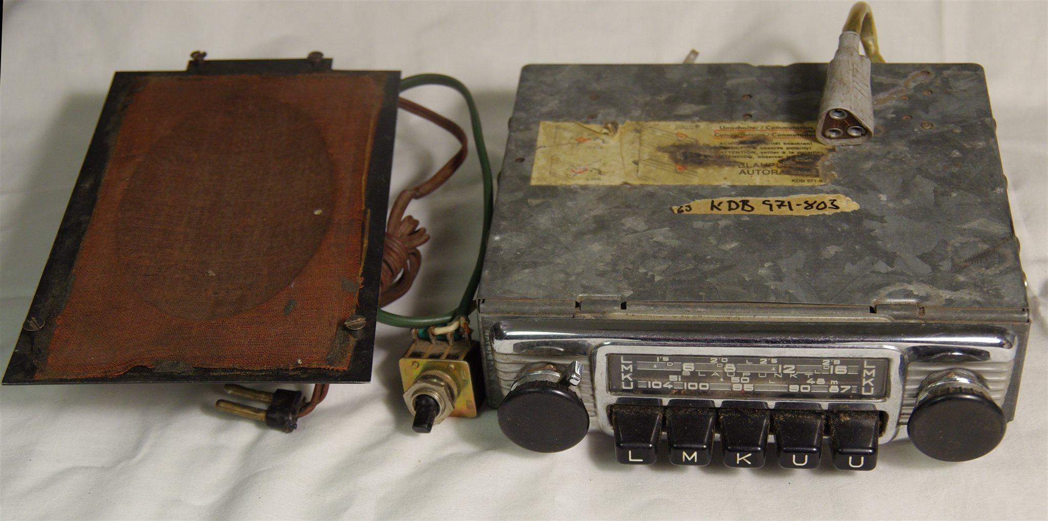 Bilradio Blaupunkt KDB 971-803 med högtalare. F.. (338950395) ᐈ Köp ... bccadbf5b6125