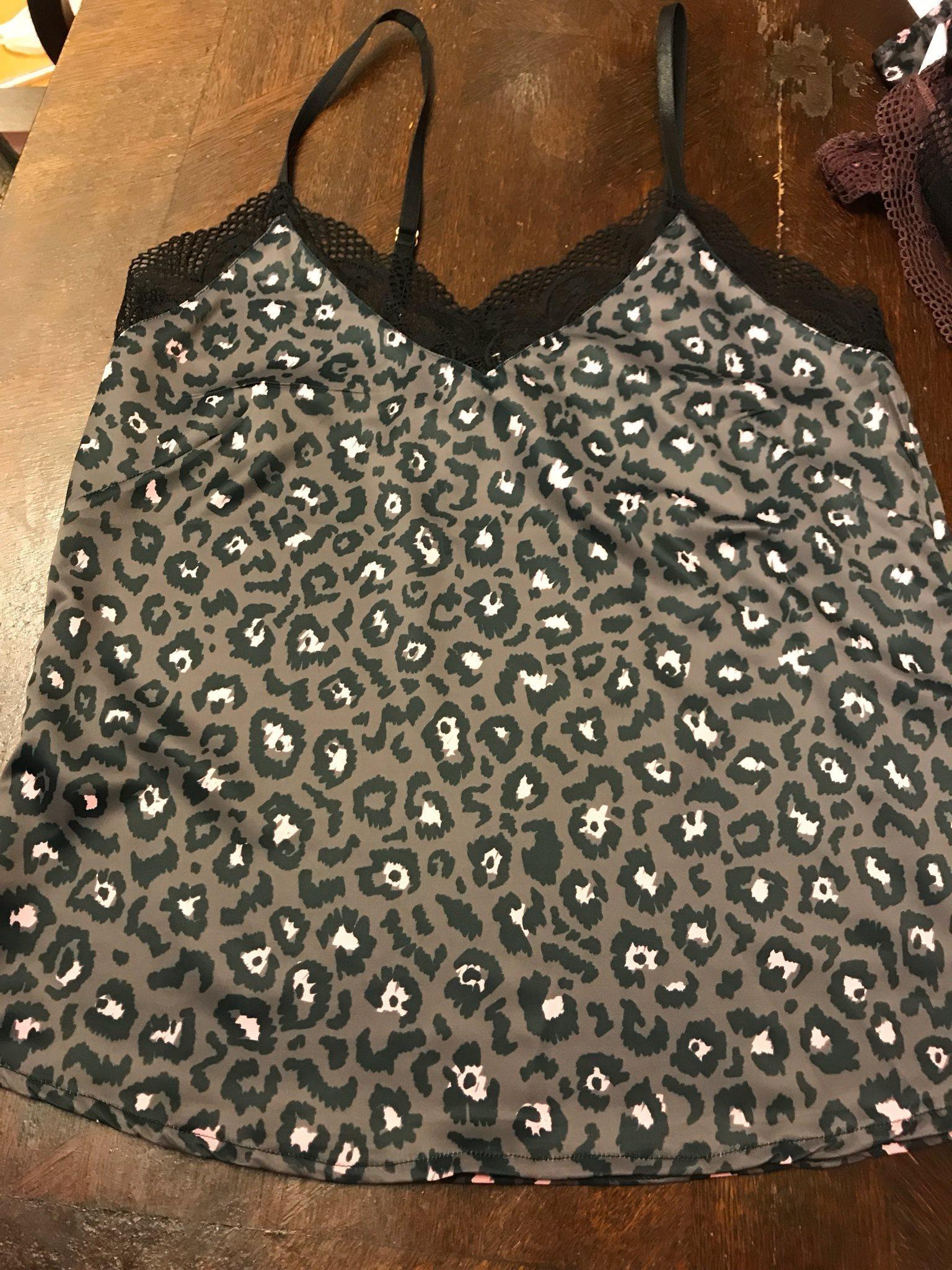 40dfea7fa5b7 Underkläder set 3 delar linne shorts trosa (328652294) ᐈ Köp på Tradera