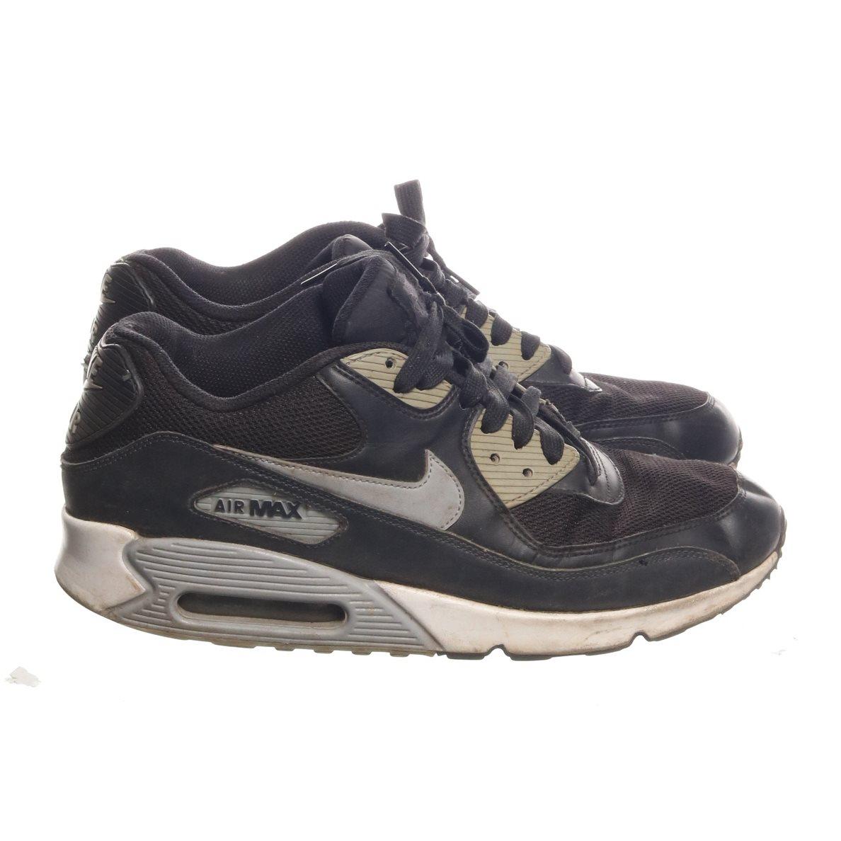 huge selection of e4c74 307dc Nike, Sneakers, Strl  44, Air Max, Svart Beige Grå