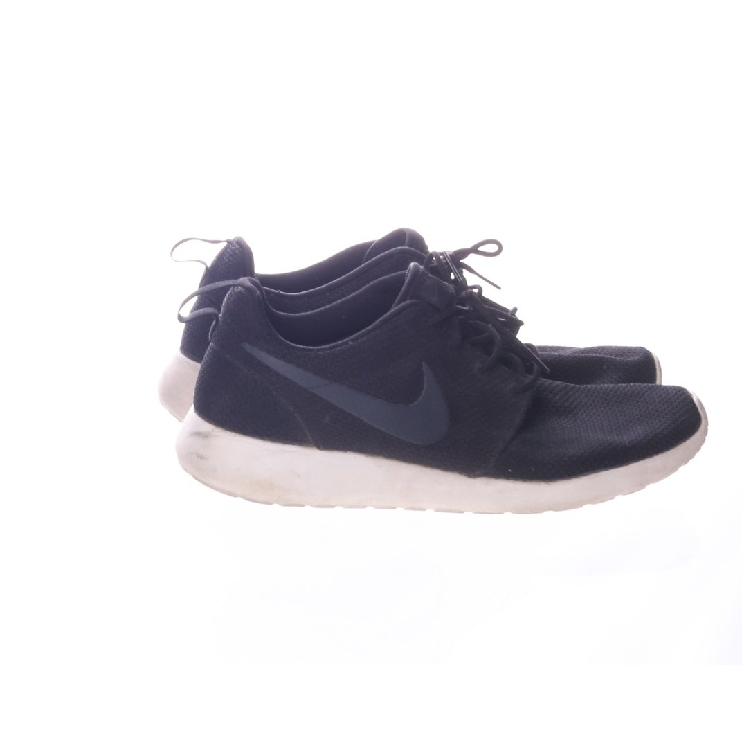 the best attitude 4acde e394c Nike, Sneakers, Strl  42.5, Roshe Run, Svart