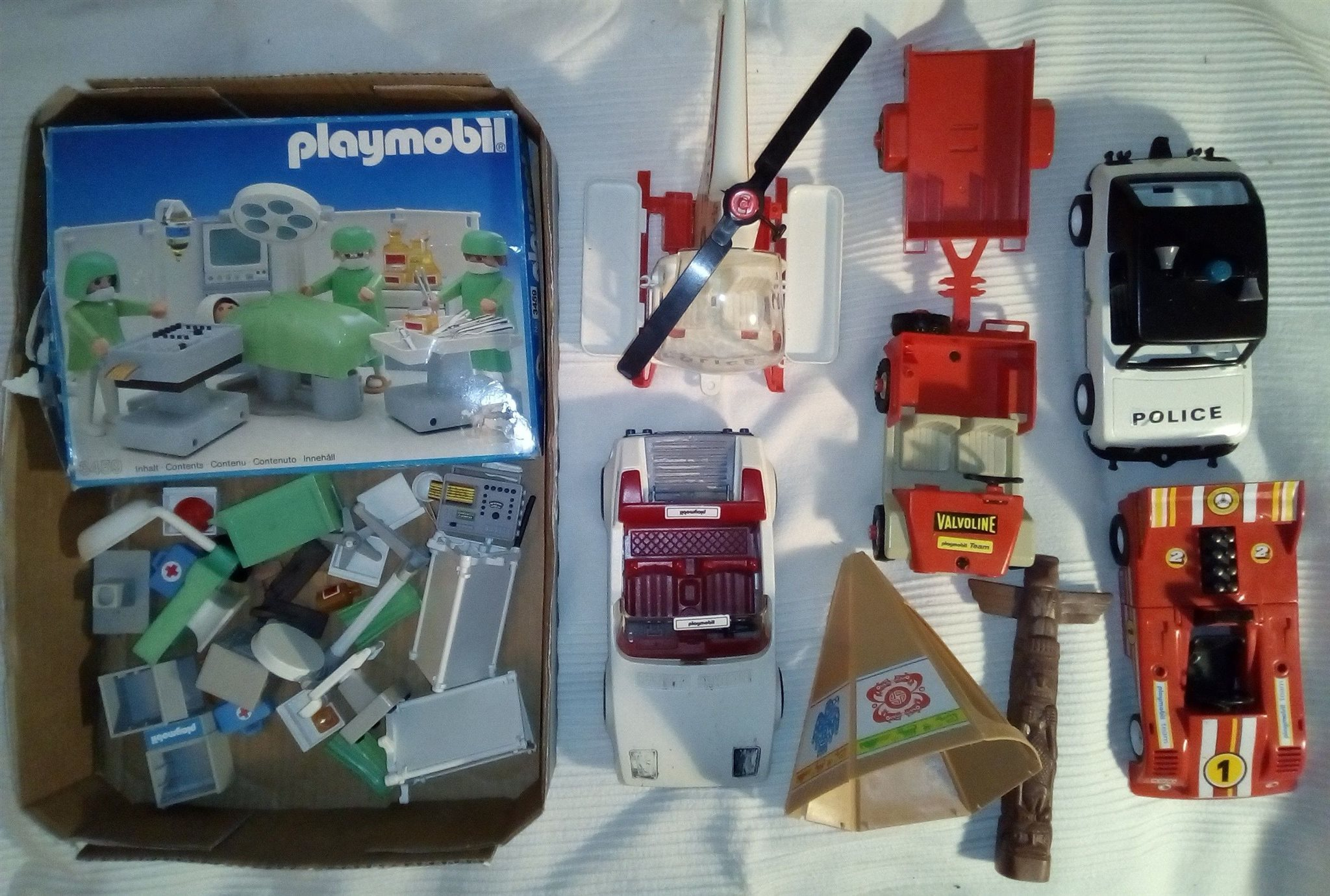 Playmobil Playmobil Playmobil retro • piratskepp borg sjukhus indian polis bilar  • fynd 753d0d