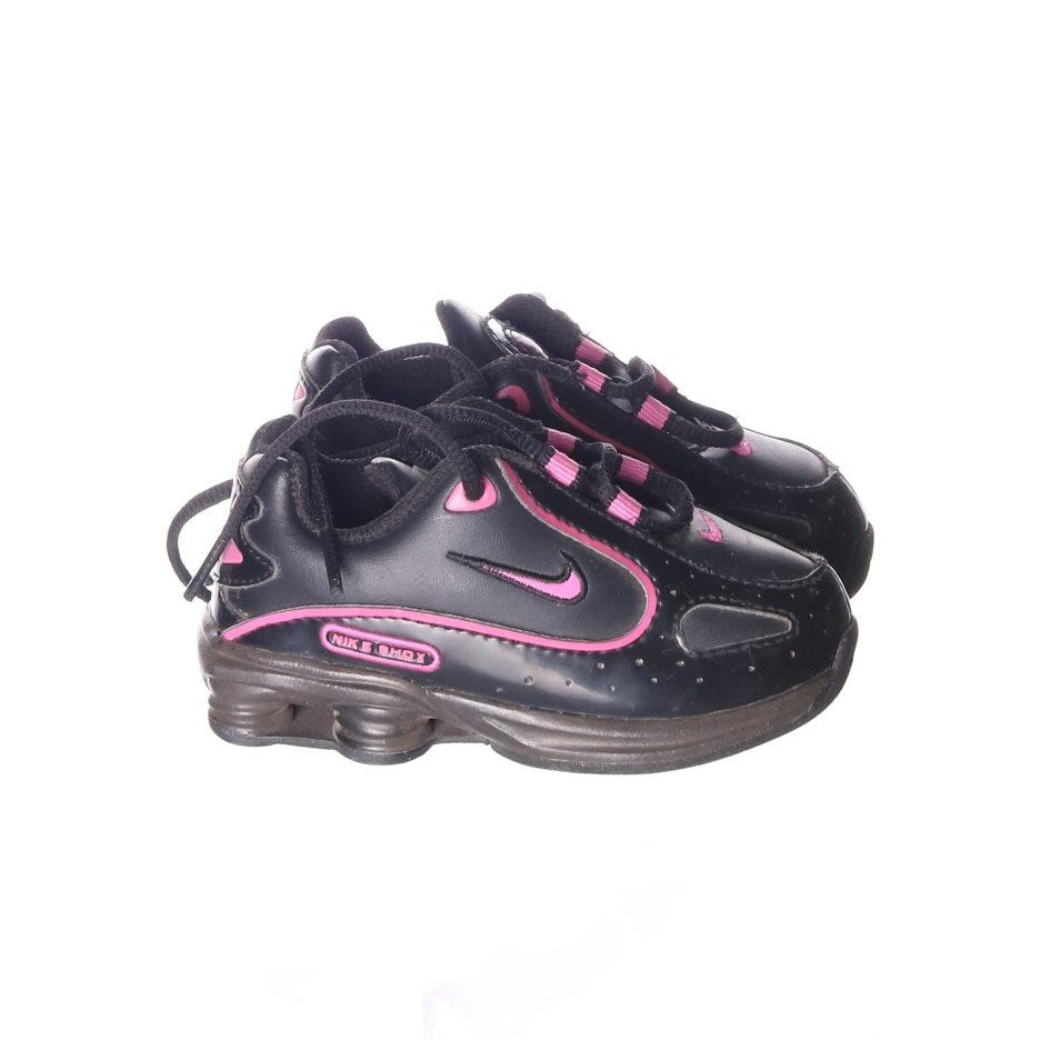 online retailer 807e5 b7c80 ... get nike shox sneakers strl 23.5 svart rosa c7207 1a392