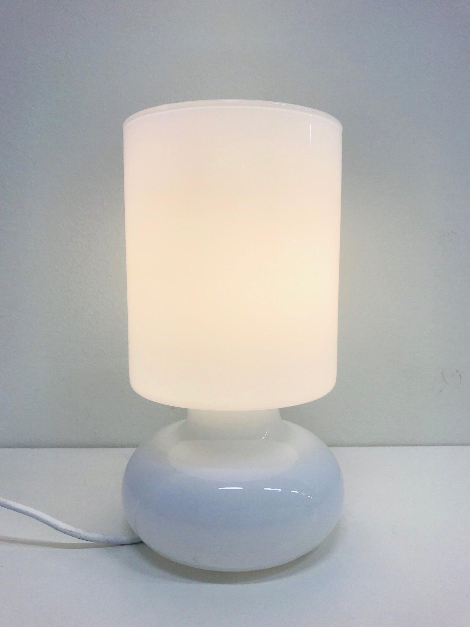 lampor på fot ikea