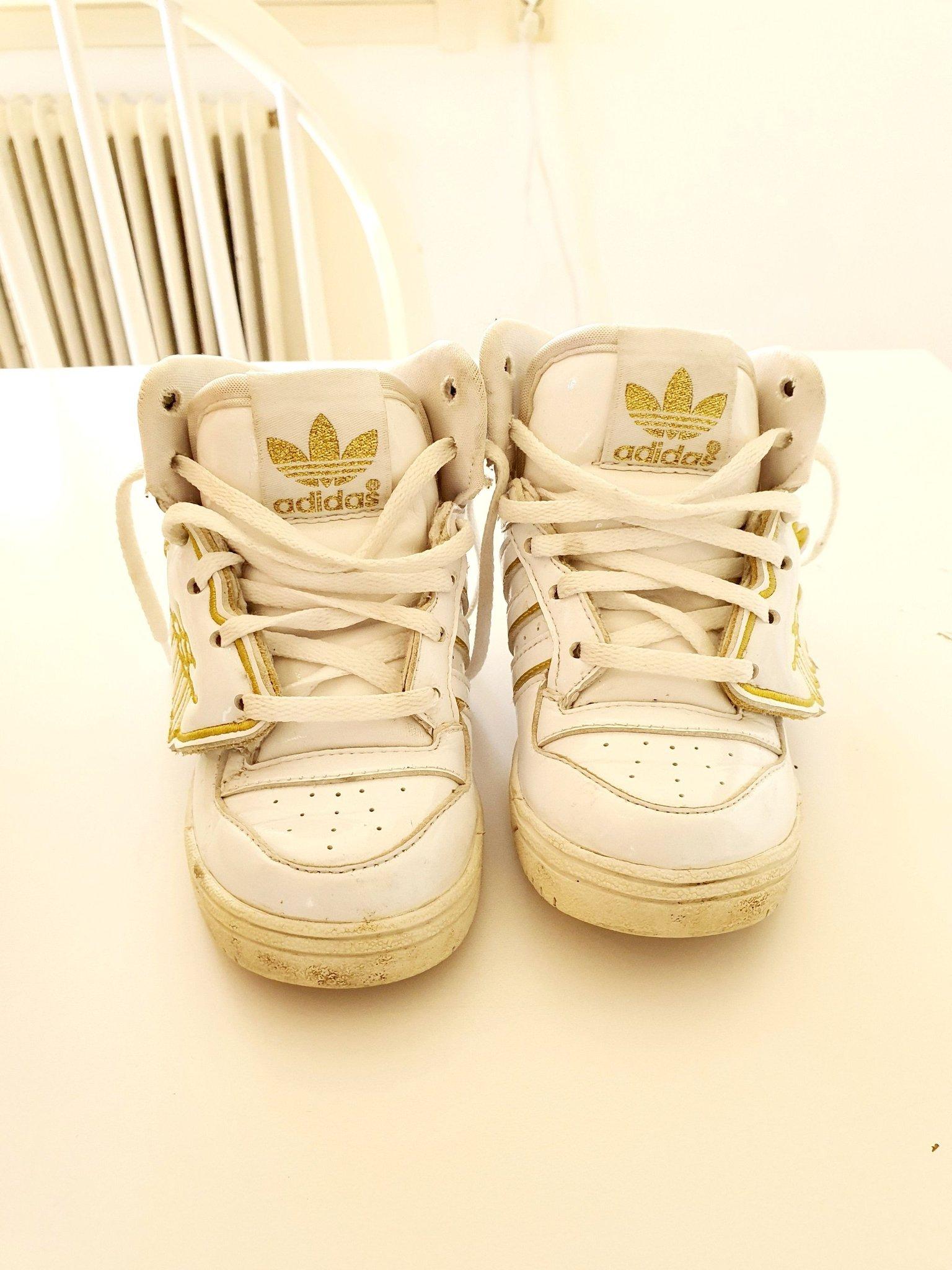 Adidas Original Jeremy scott js Vingar