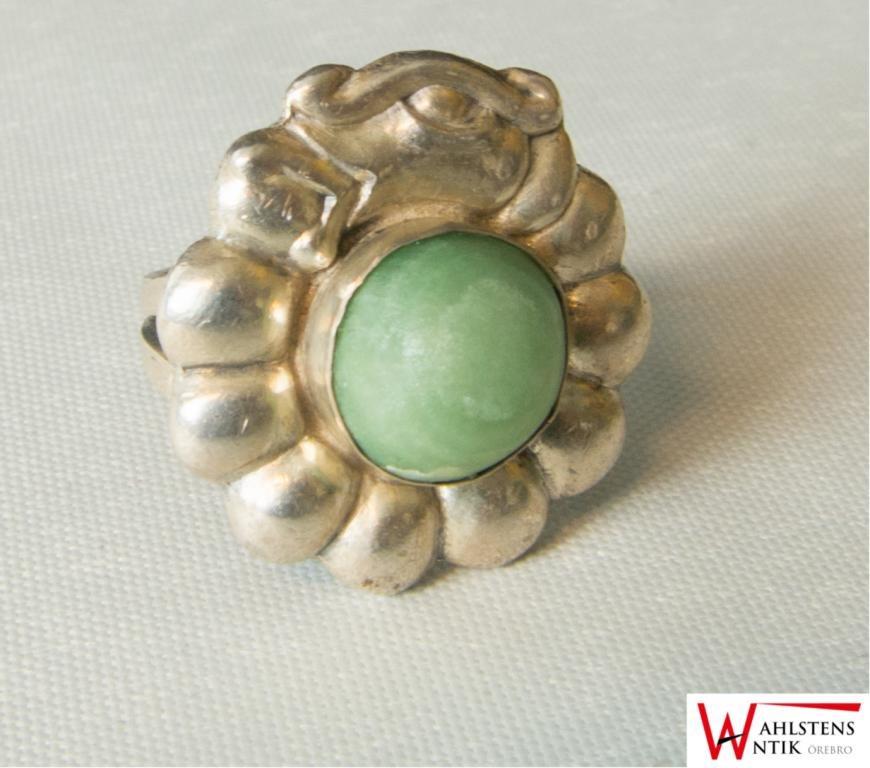 grön sten jade