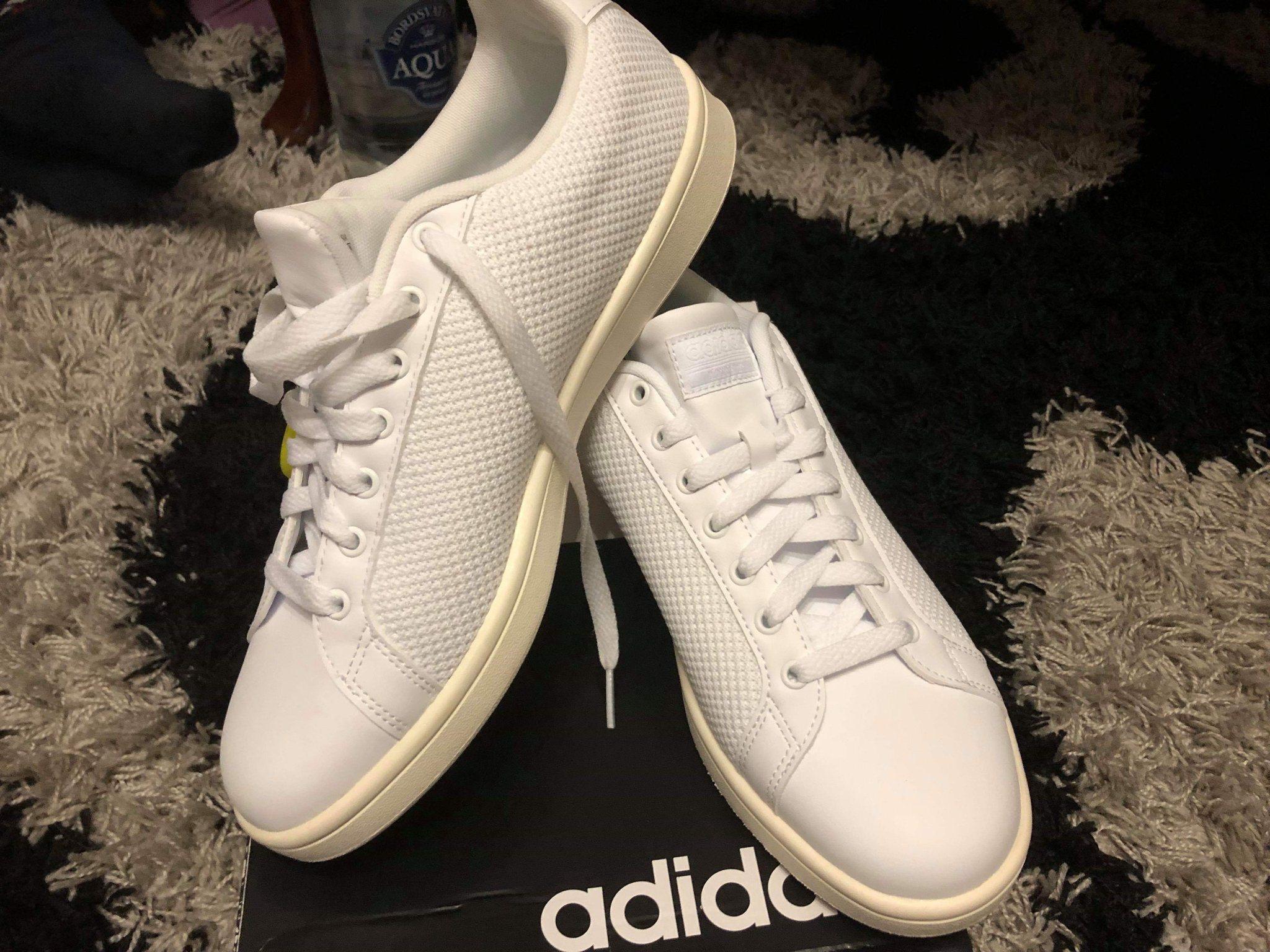 718e78da646 Nya ! snygga Adidas sneakers stl 43,5 (341075979) ᐈ Köp på Tradera