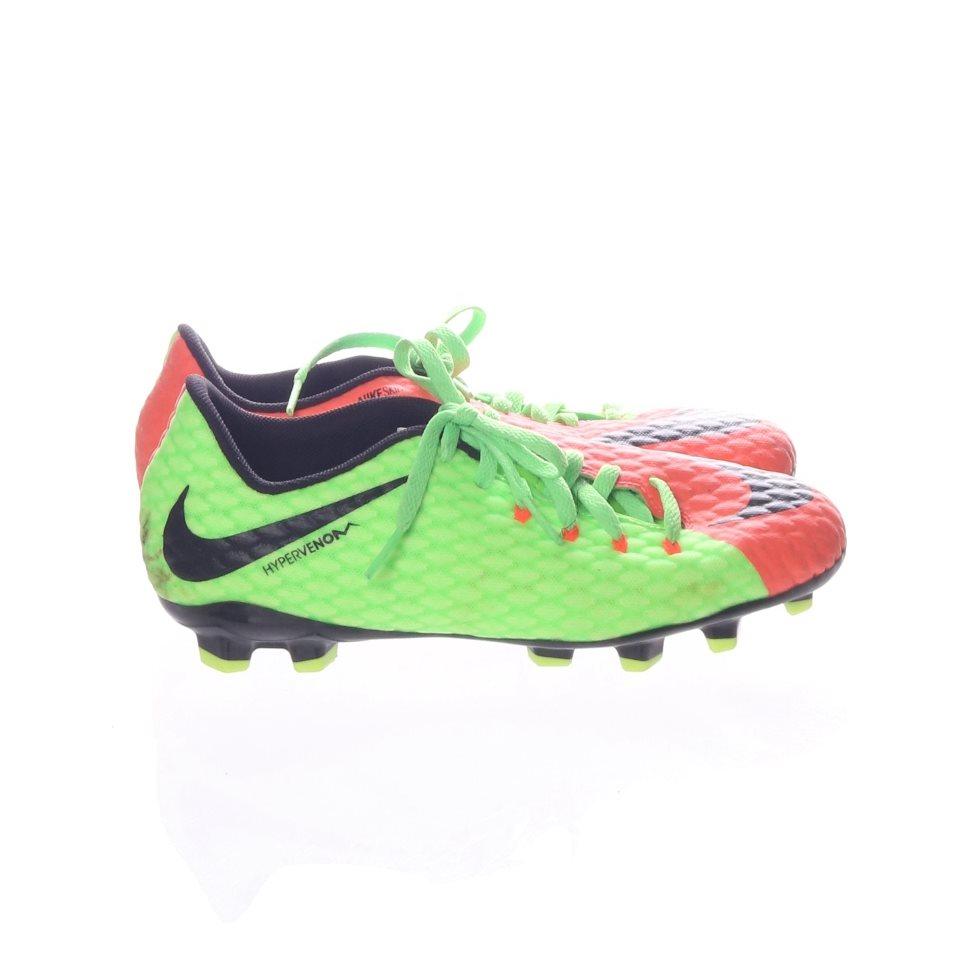 sale retailer 72fdb 32a4a Nike, Fotbollsskor, Strl  36, JR Hypervenom Phelon III FG, Grön