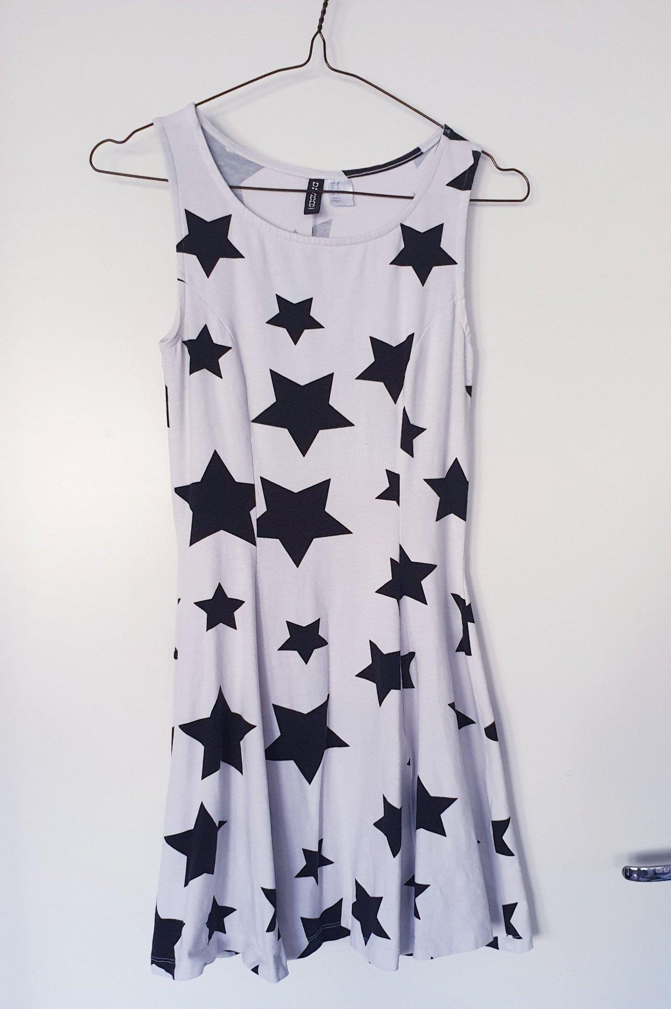 e0112828405a Vit klänning med stjärnor strl S, 36/38 skater .. (355301338) ᐈ Köp ...