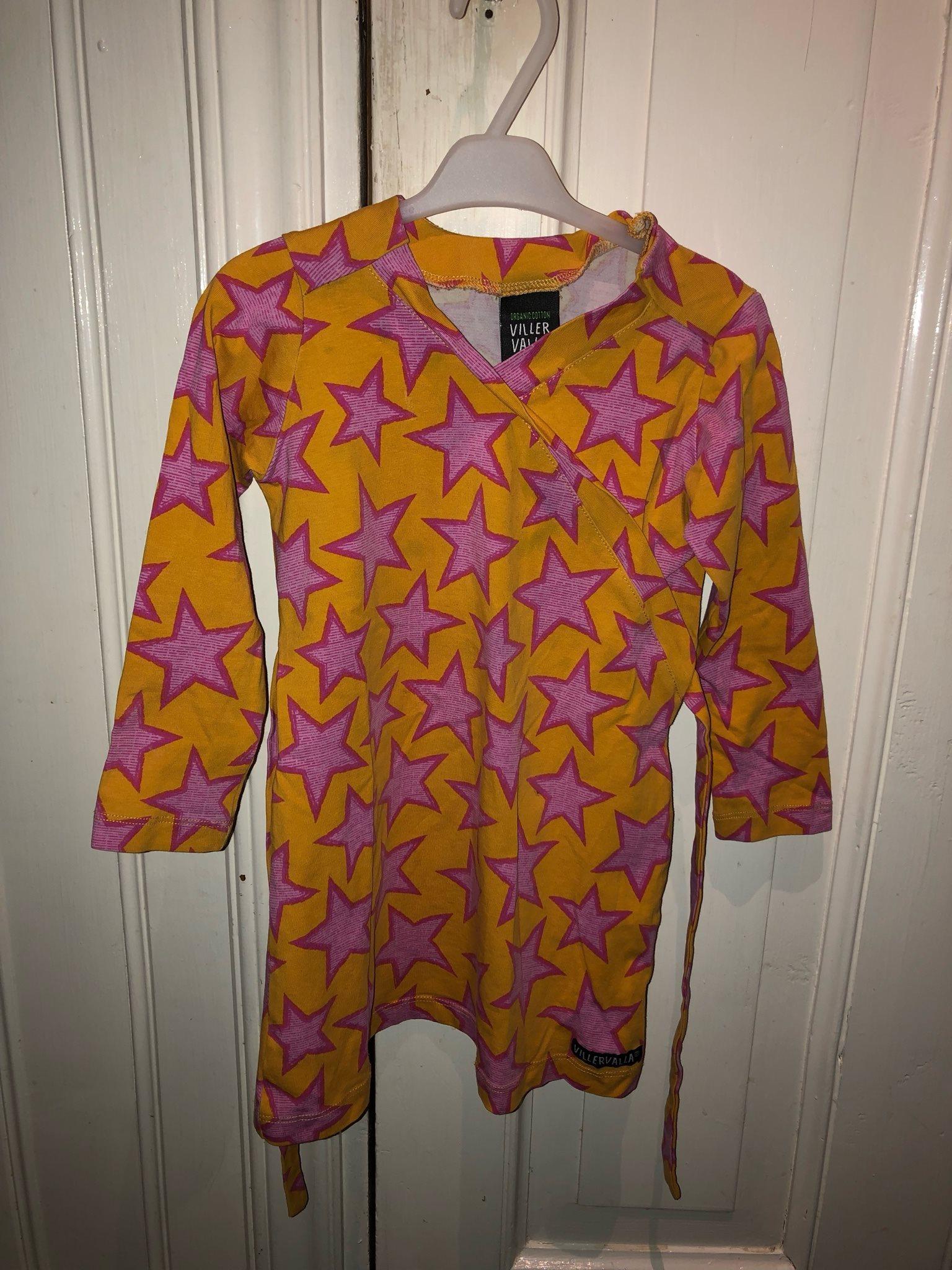 a8ed77d69239 Villervalla klänning stl 92 (335434707) ᐈ Köp på Tradera