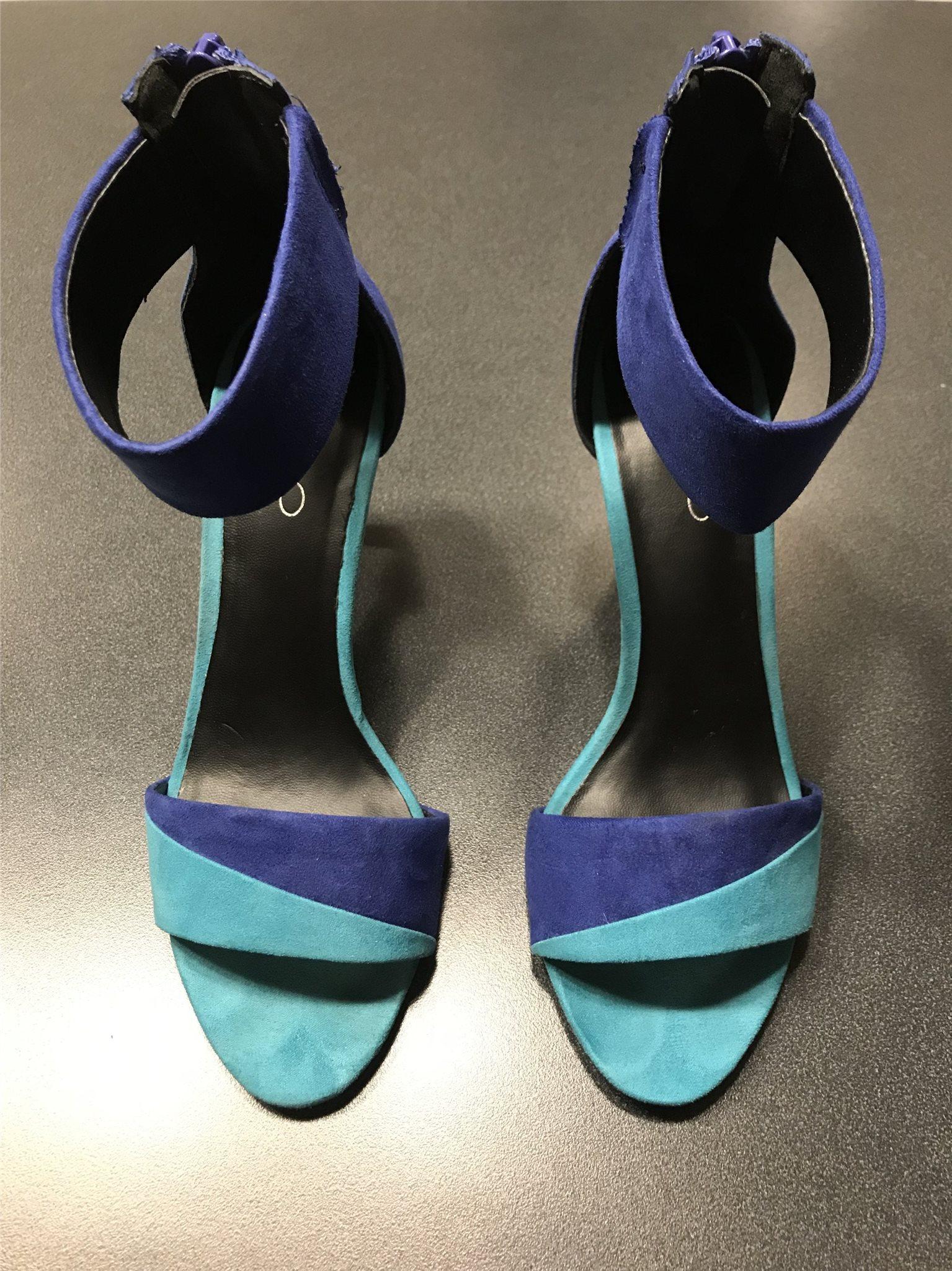 turkosa högklackade skor
