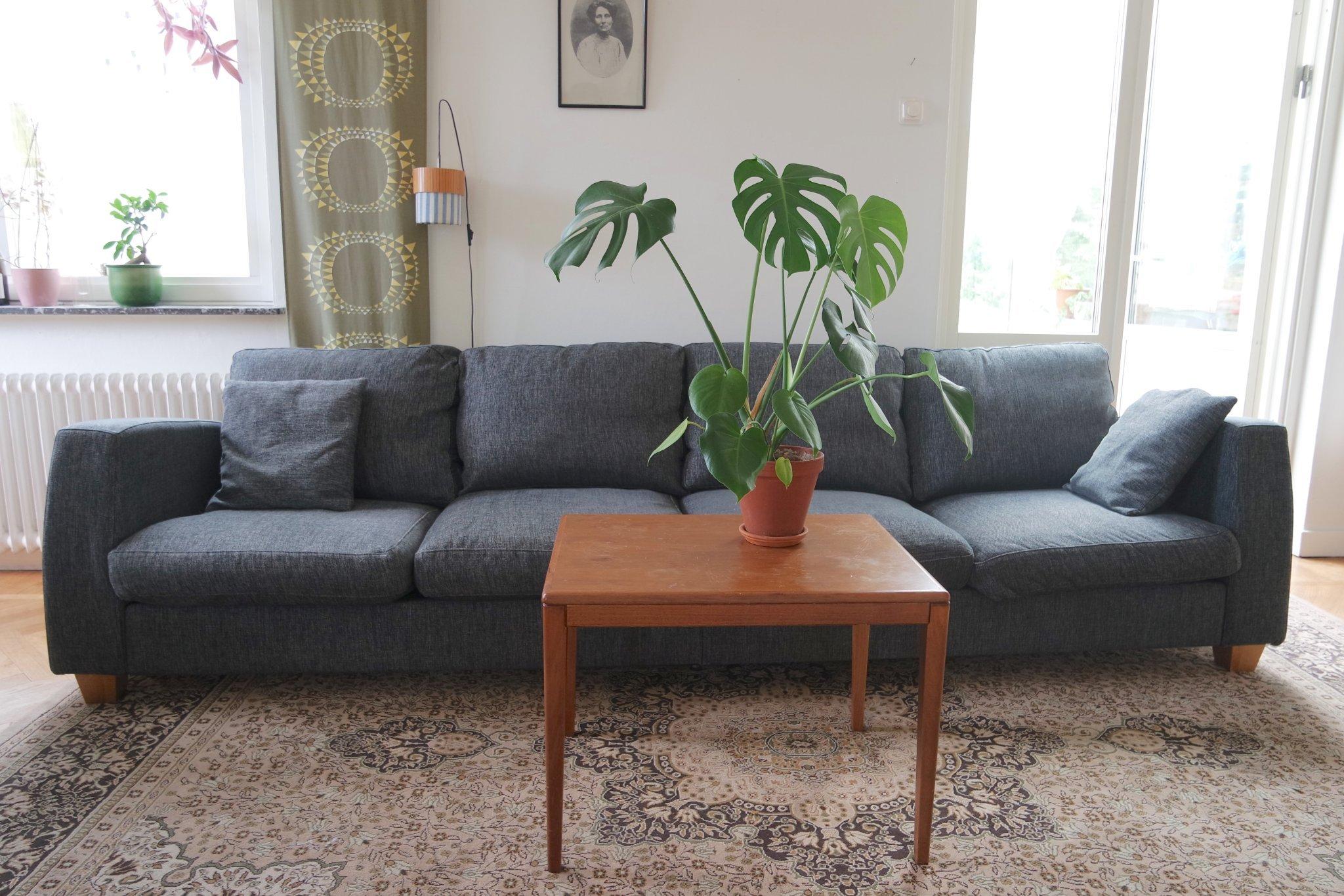 Gråmelerad 4 sits soffa (404179866) ᐈ Köp på Tradera