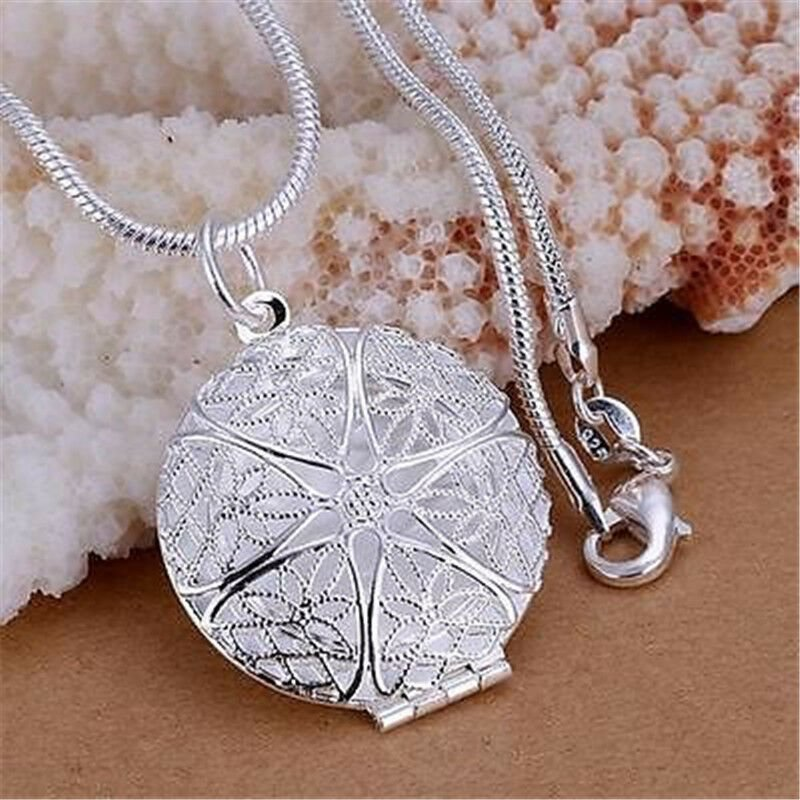 Mode Kvinnor Silver Charms Hollow Flower Fotoram Hängsmycke Chain Necklace