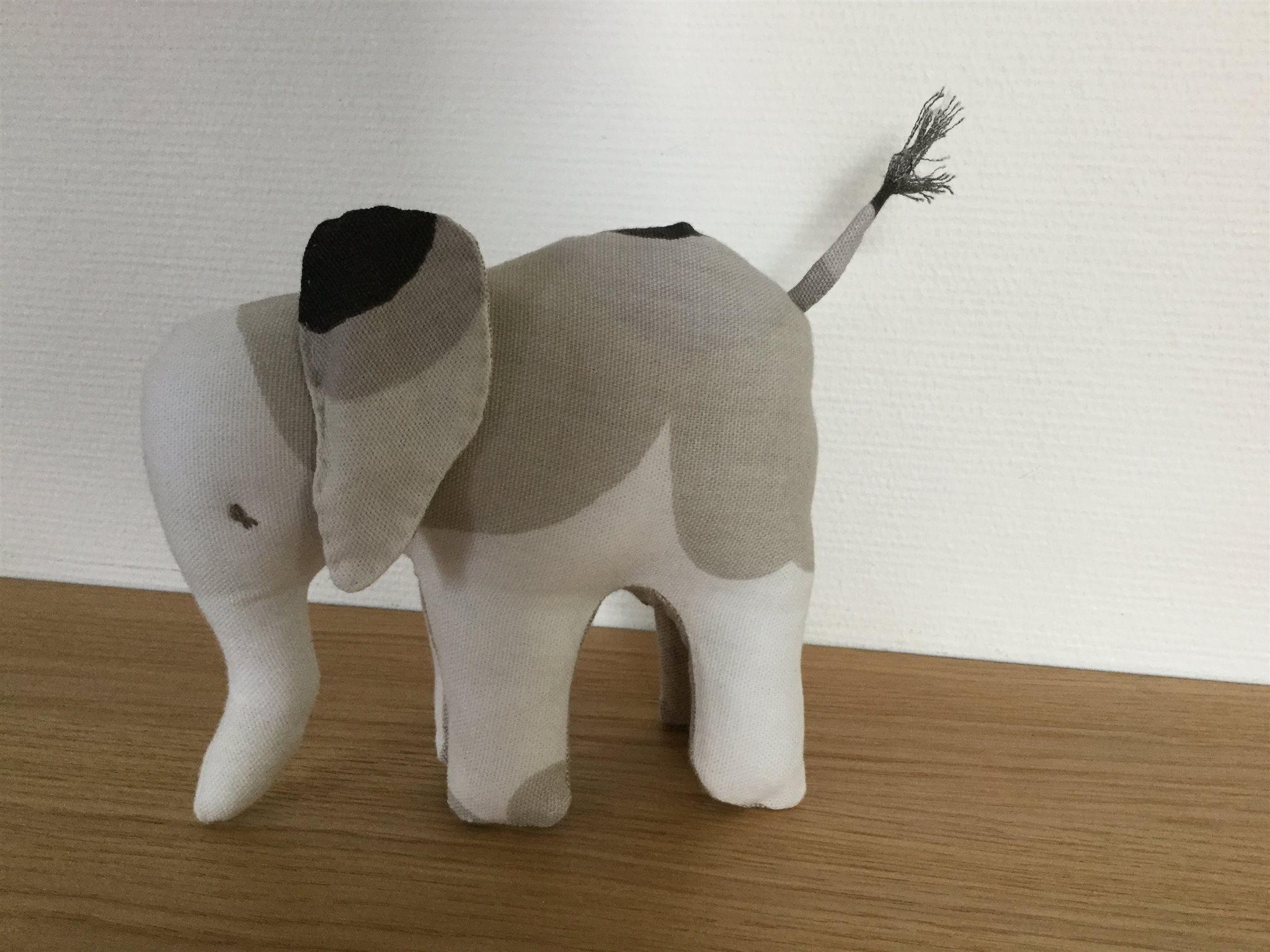 marimekko tyg elefant