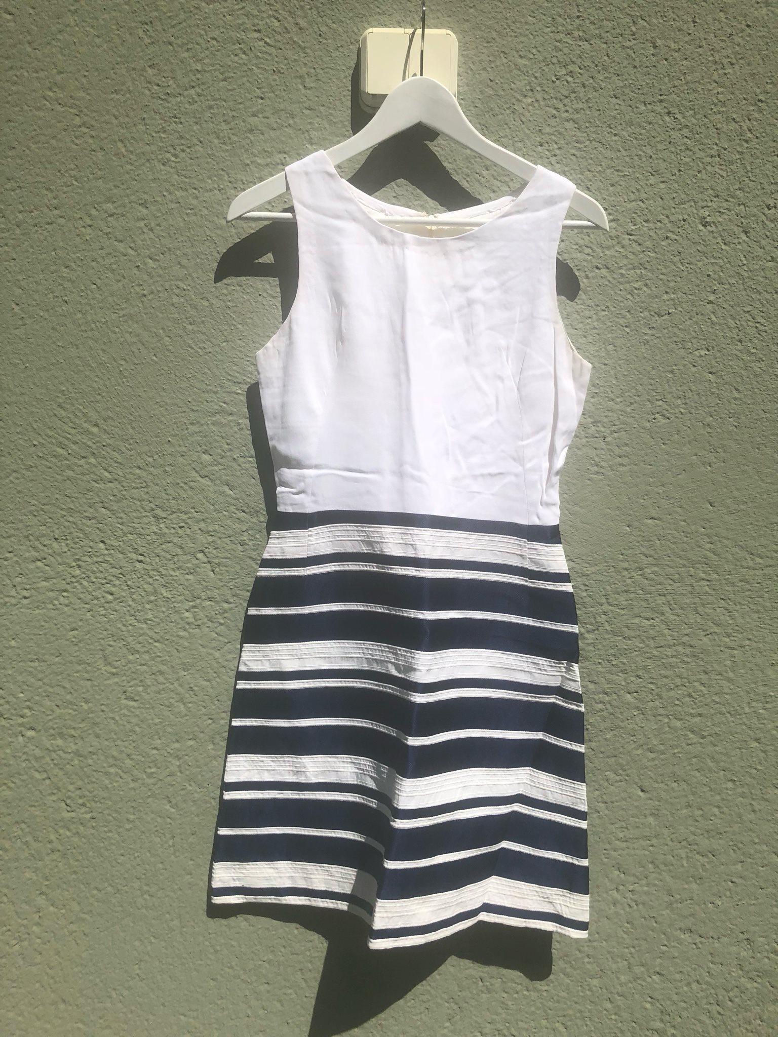 Fin Vintage klänning randig vit blå 60-tal stl .. (339975937) ᐈ Köp ... 0c3bd9563acbb