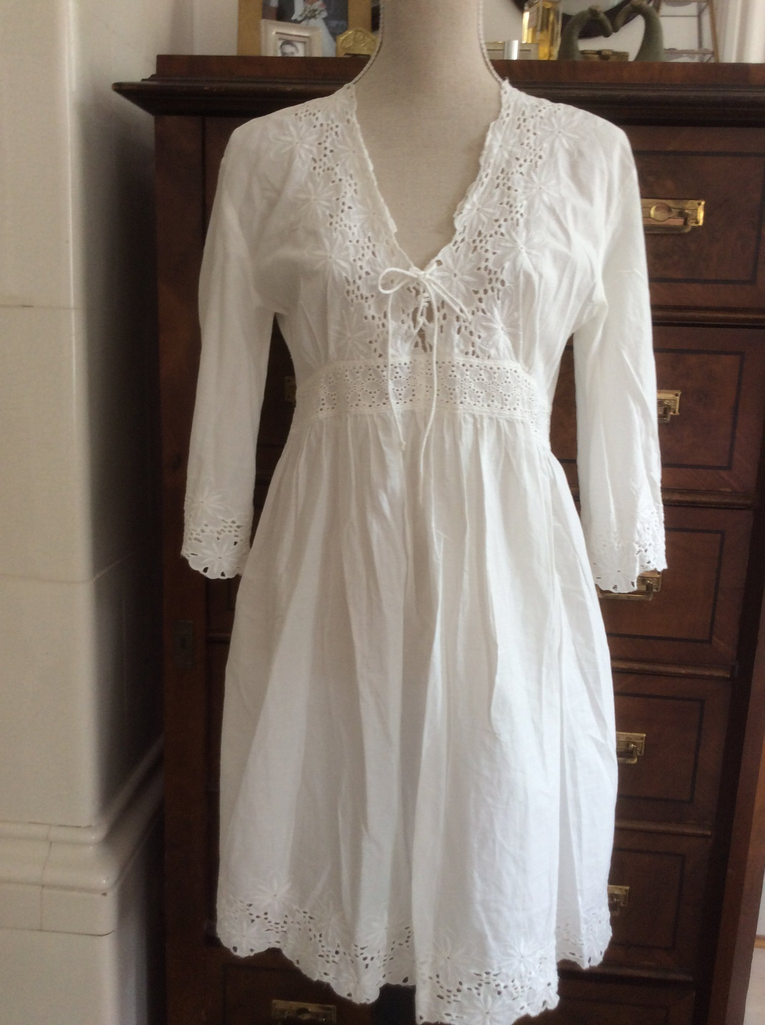 72f07d3716aa Nolita klänning,L,vit brodyr,spets,bomull,stude.. (354943134) ᐈ Köp ...