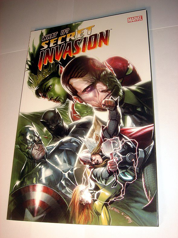 SECRET INVASION  MARVEL USA   NY OLÄST    2010