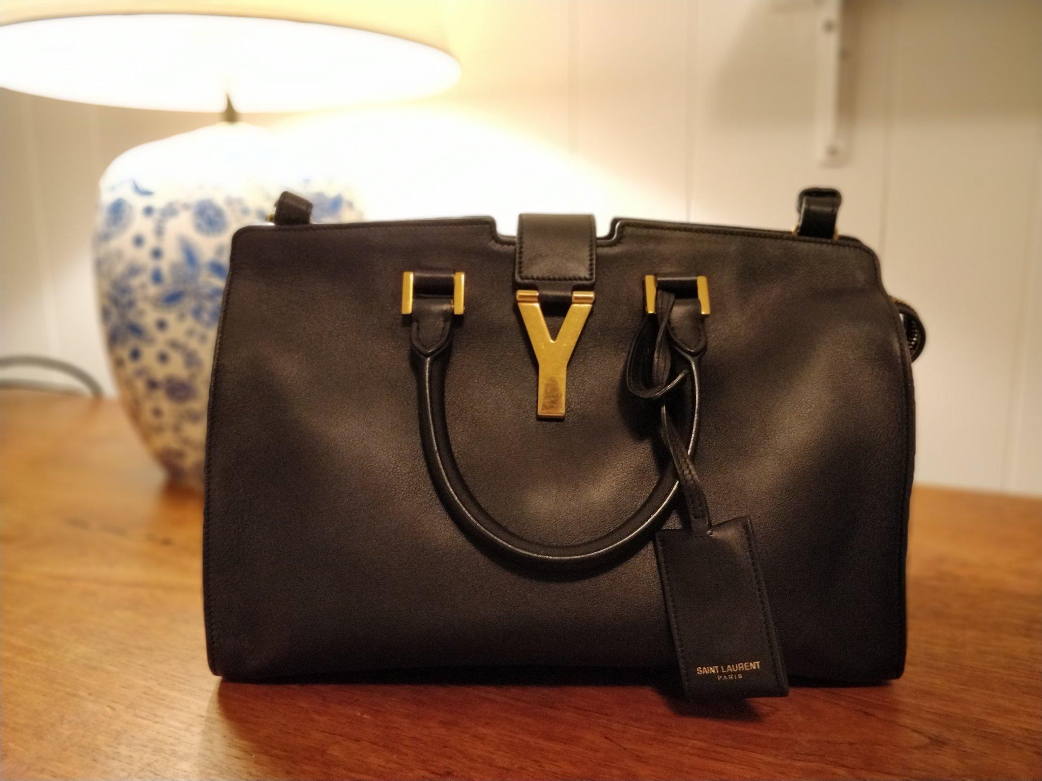 Yves Saint Laurent Cabas Y Bag Svart