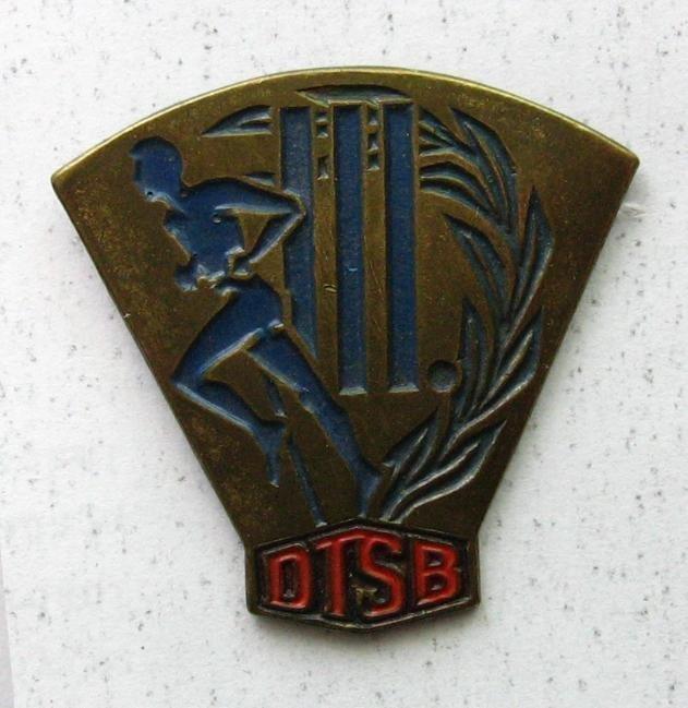 TYSKLAND DDR GYMNASTICS & SPORTS ASSOCIATION DTSB PIN BADGE