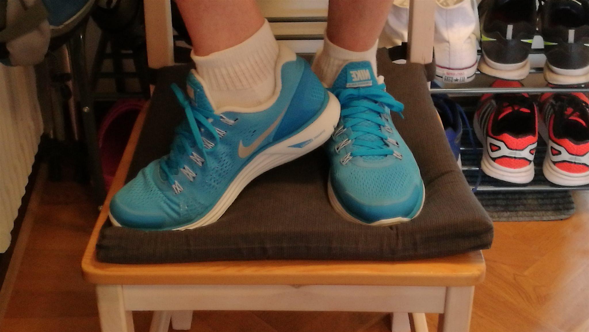 reputable site 5eb8f 0a5e4 Nike Lunarglide 4 training skor i stl 42.5 - (43  se mått) SUPERSKICK