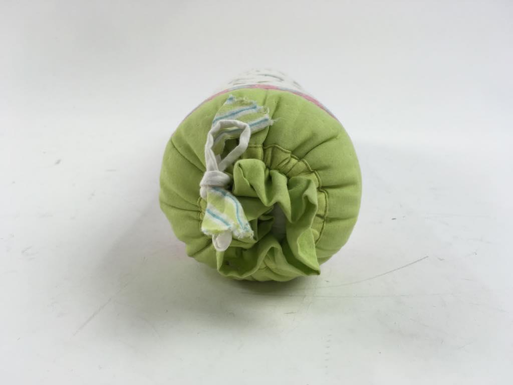 Kuddar Eightmood : Kudde flerfärgad skick normalt på tradera täcken och kuddar