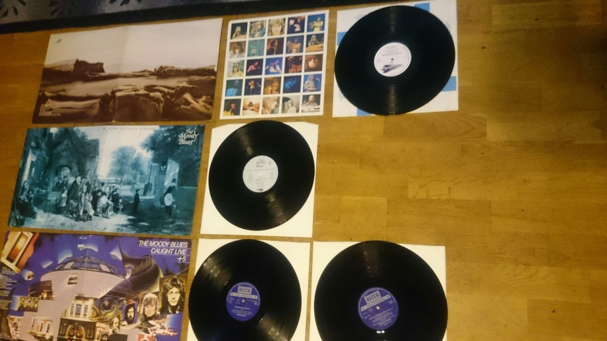 Moody Blues - Seventh sojavrn, Long distance voyager, Caught live + 5 dubbel