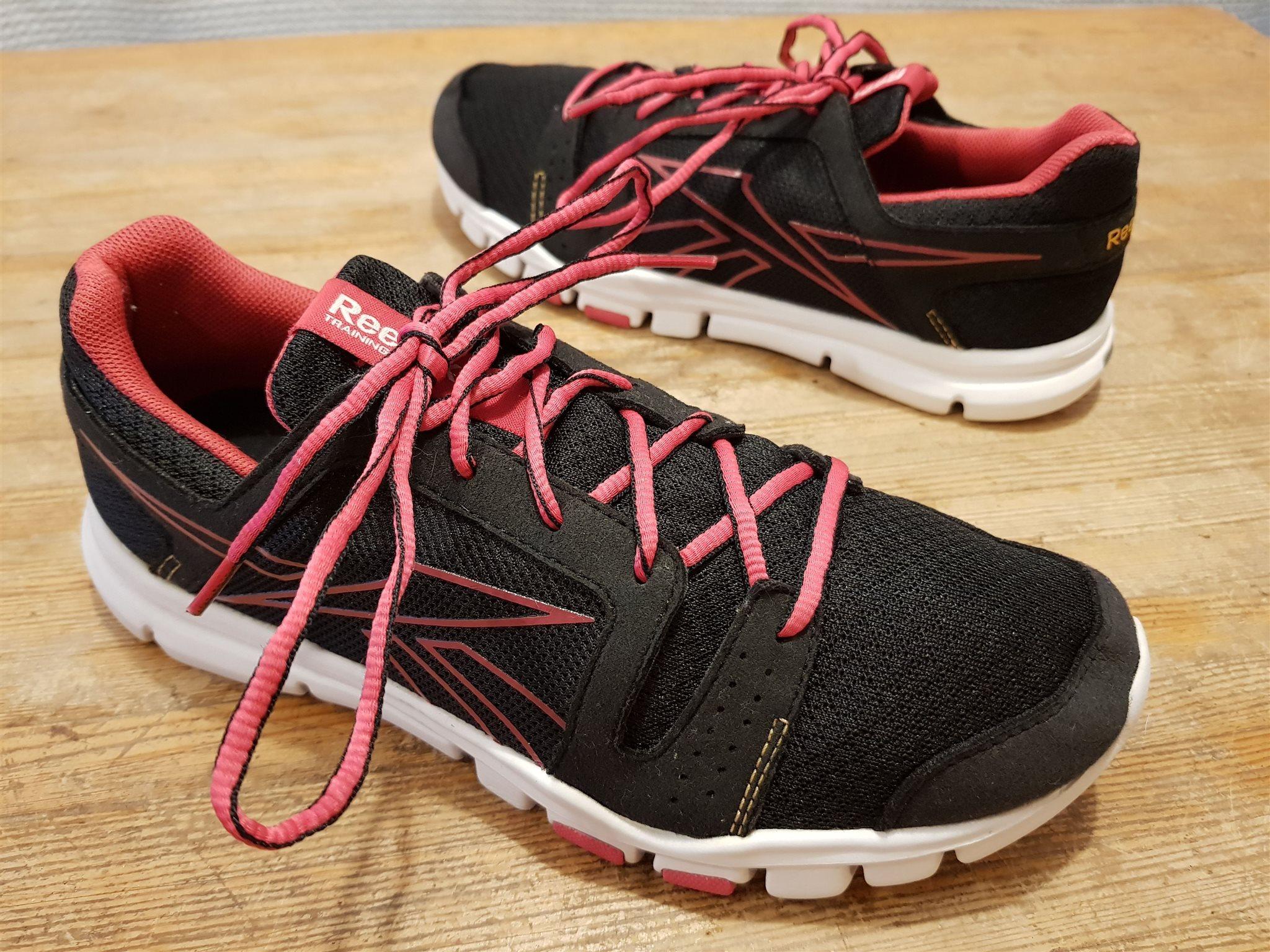 best loved 0dace 67470 Löparskor Reebok Training Yourflex sneakers str 37,5 i jättefint skick