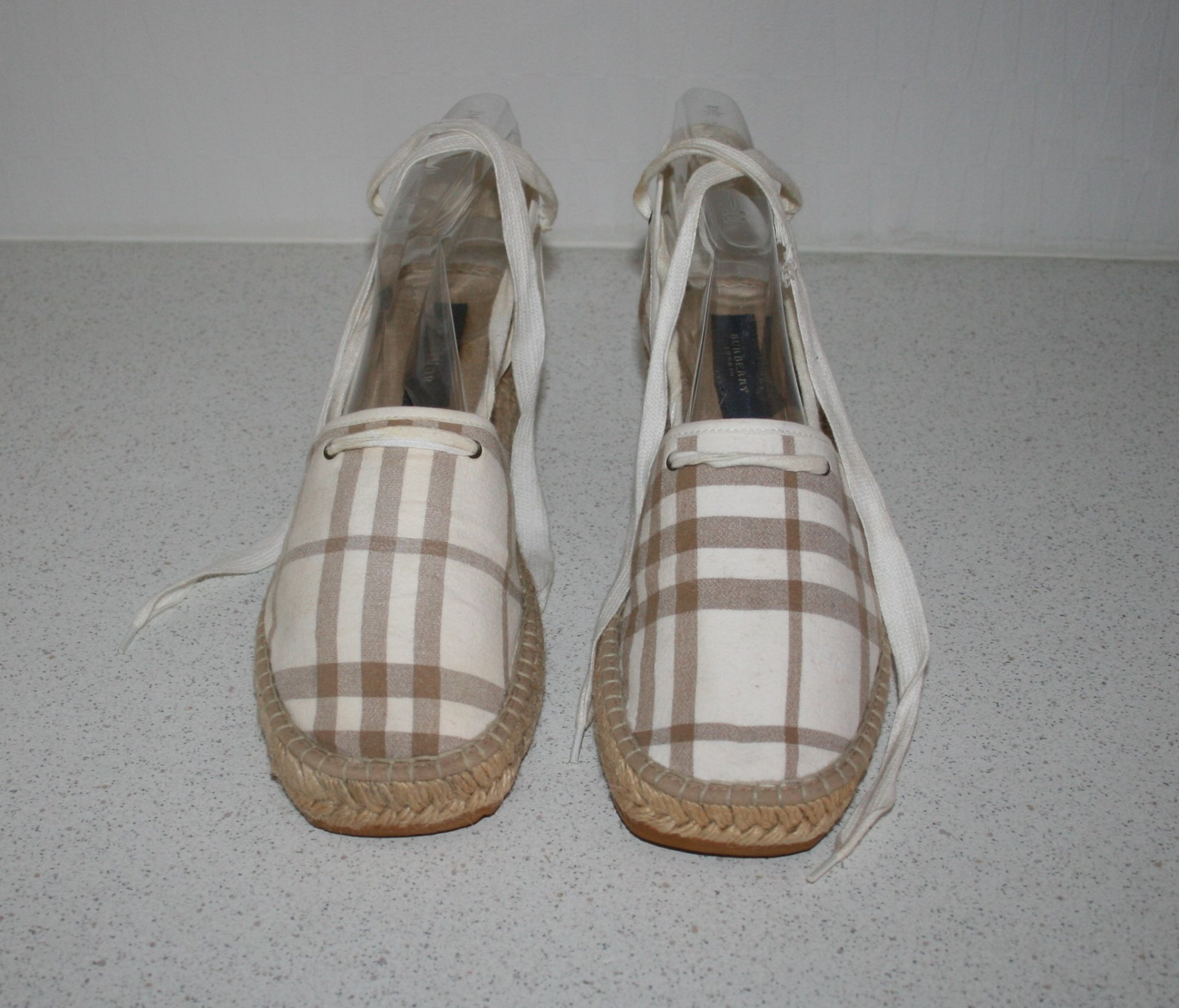 BURBERRY Espadrillos Kilklack Wedge Sandaler Lace-up. Canvas Check. Stl 40-40,5