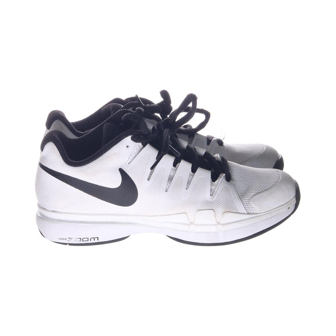 best service 64f31 5017b Nike, Gymnastikskor, Strl 37,5, VitSvart